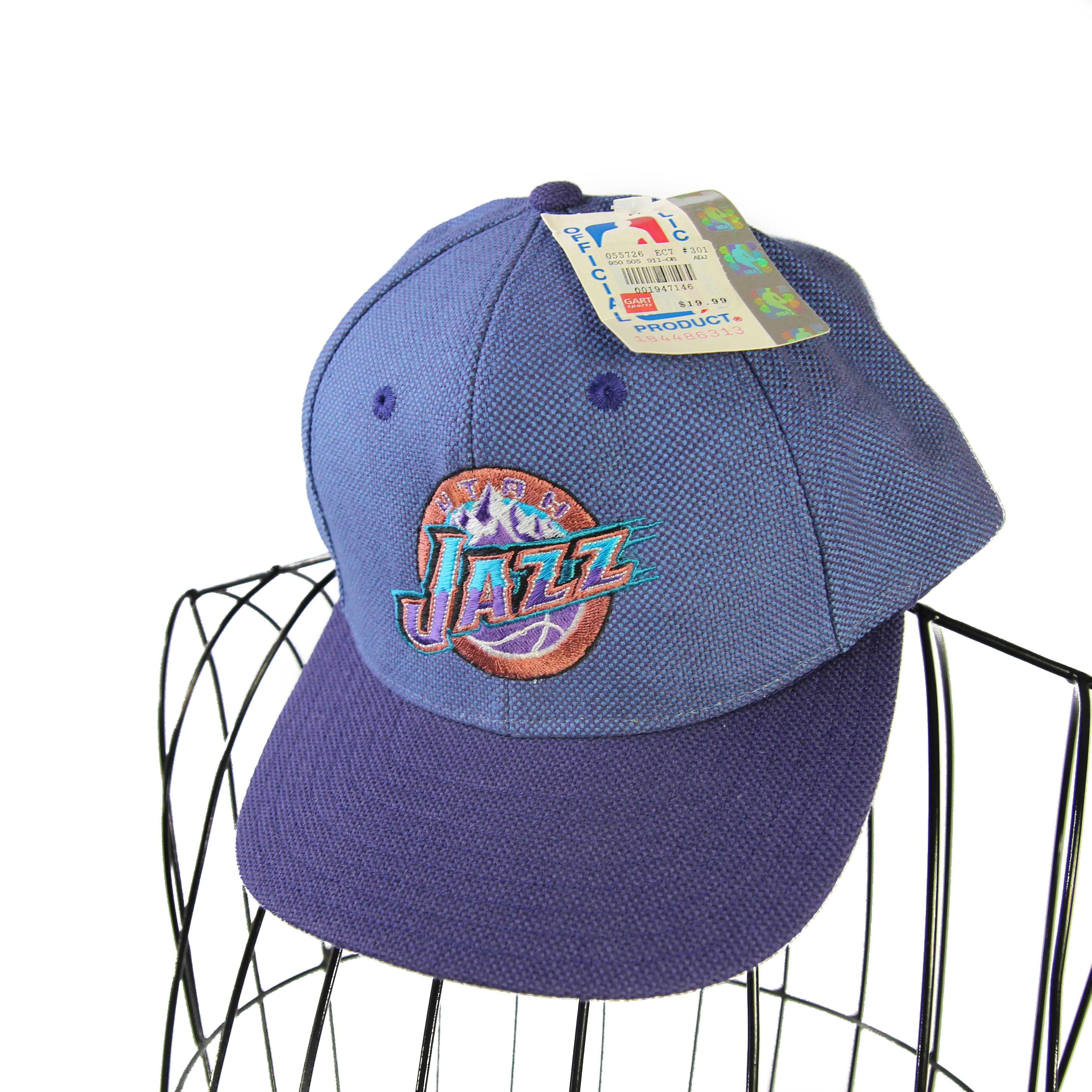 Vintage Dead Stock 90s Utah Jazz Snapback Size one size - Hats for Sale -  Grailed e044043c1228