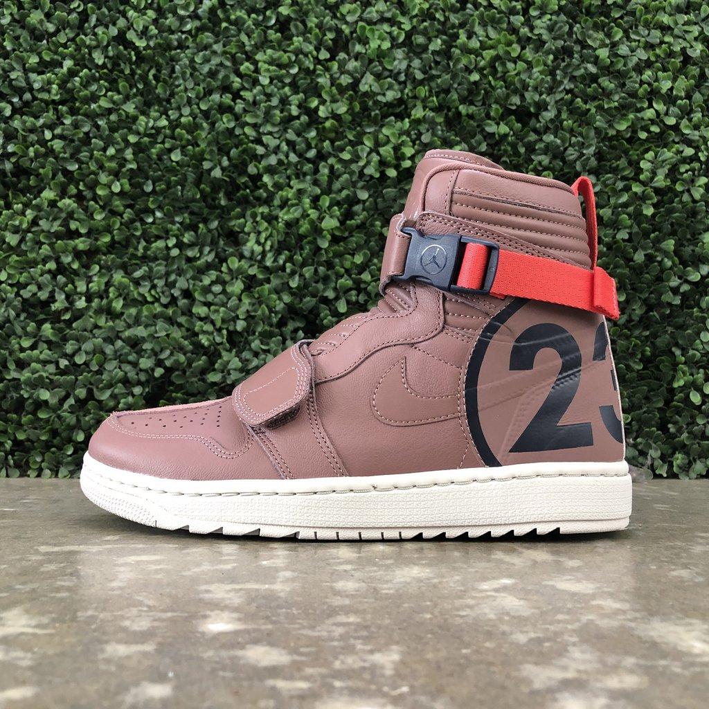 detailed look a5870 27ab0 Air Jordan 1 Moto Smoky Basketball Sneakers Size 11