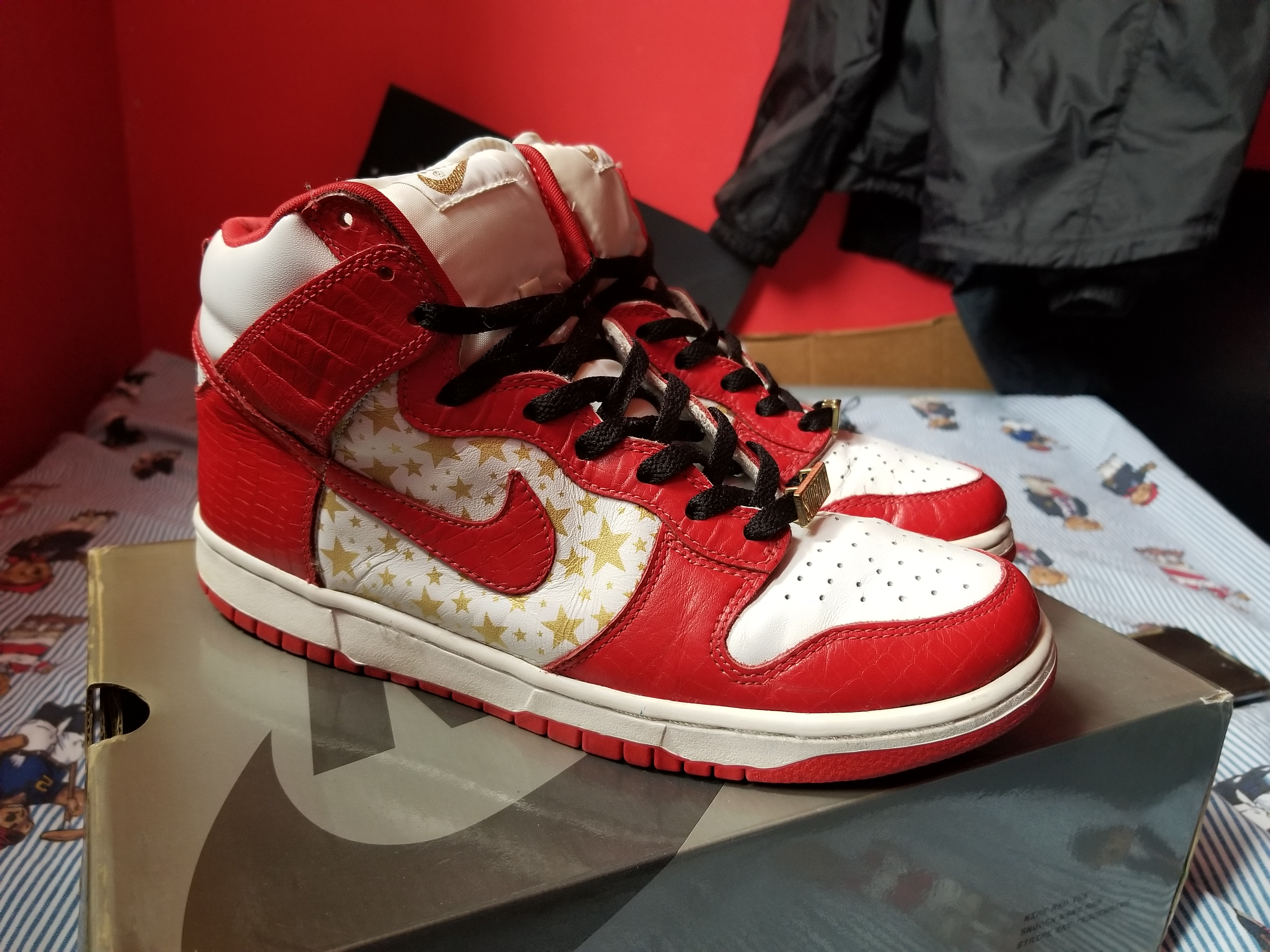 newest 3e7a9 df96f NIKE SB X SUPREME DUNK HIGH PRO SB RED STAR *Very Rare Grail*
