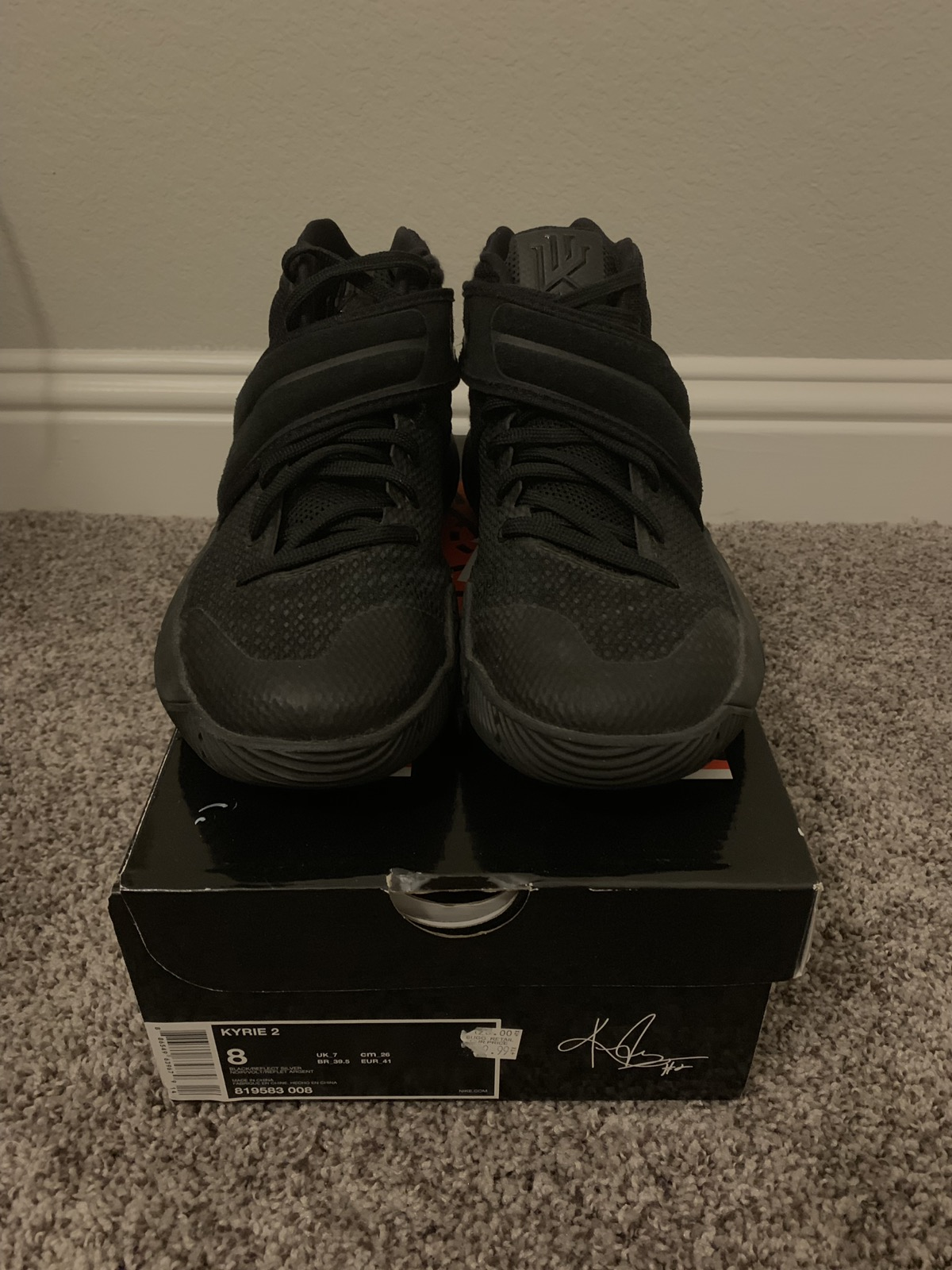 """Nike Kyrie 2 """"Blackout"""" Size 8 - Hi-Top Sneakers for Sale - Grailed b4158612fb5"""