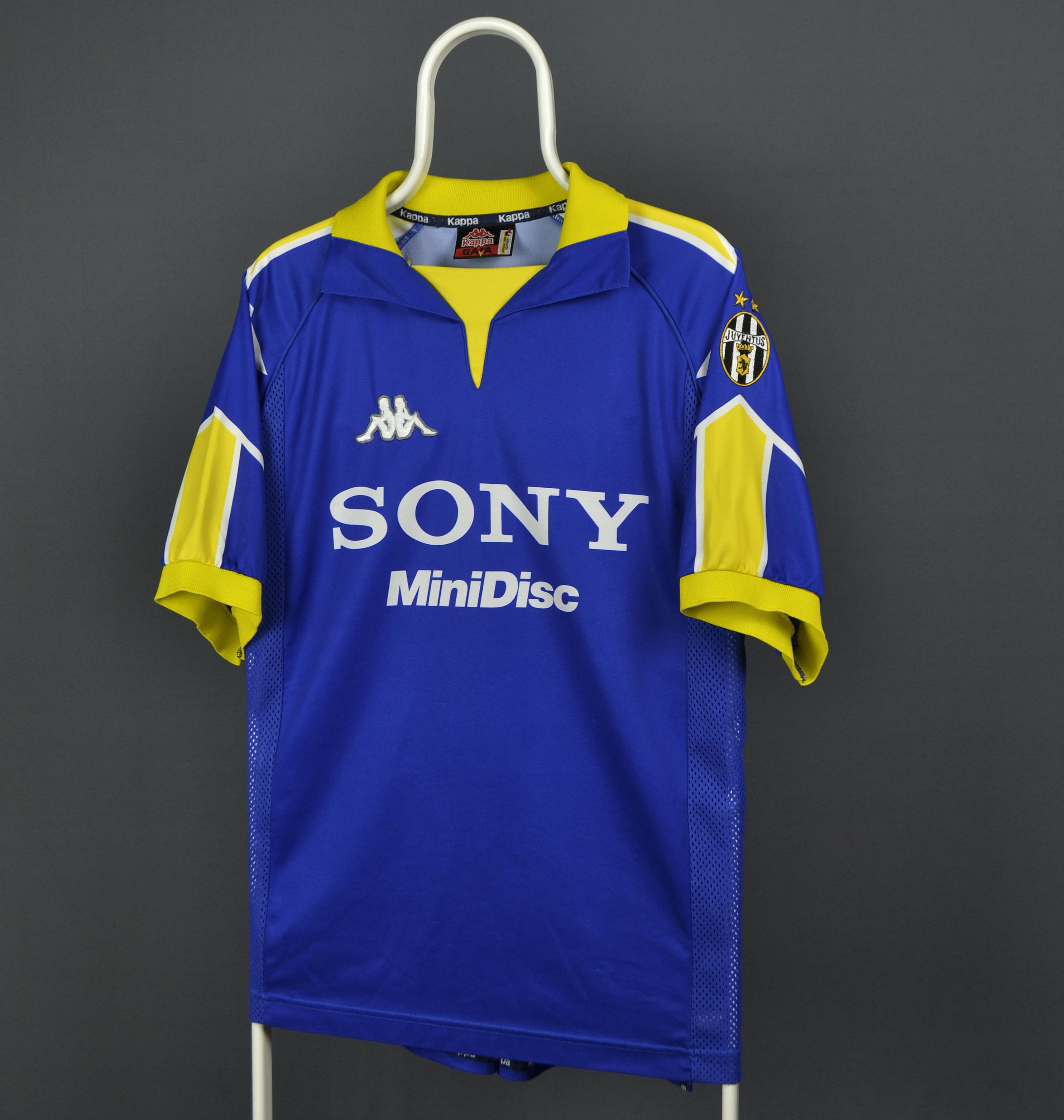 new styles 020e4 2f1b5 1997-98 Kappa Juventus Third Jersey Shirt