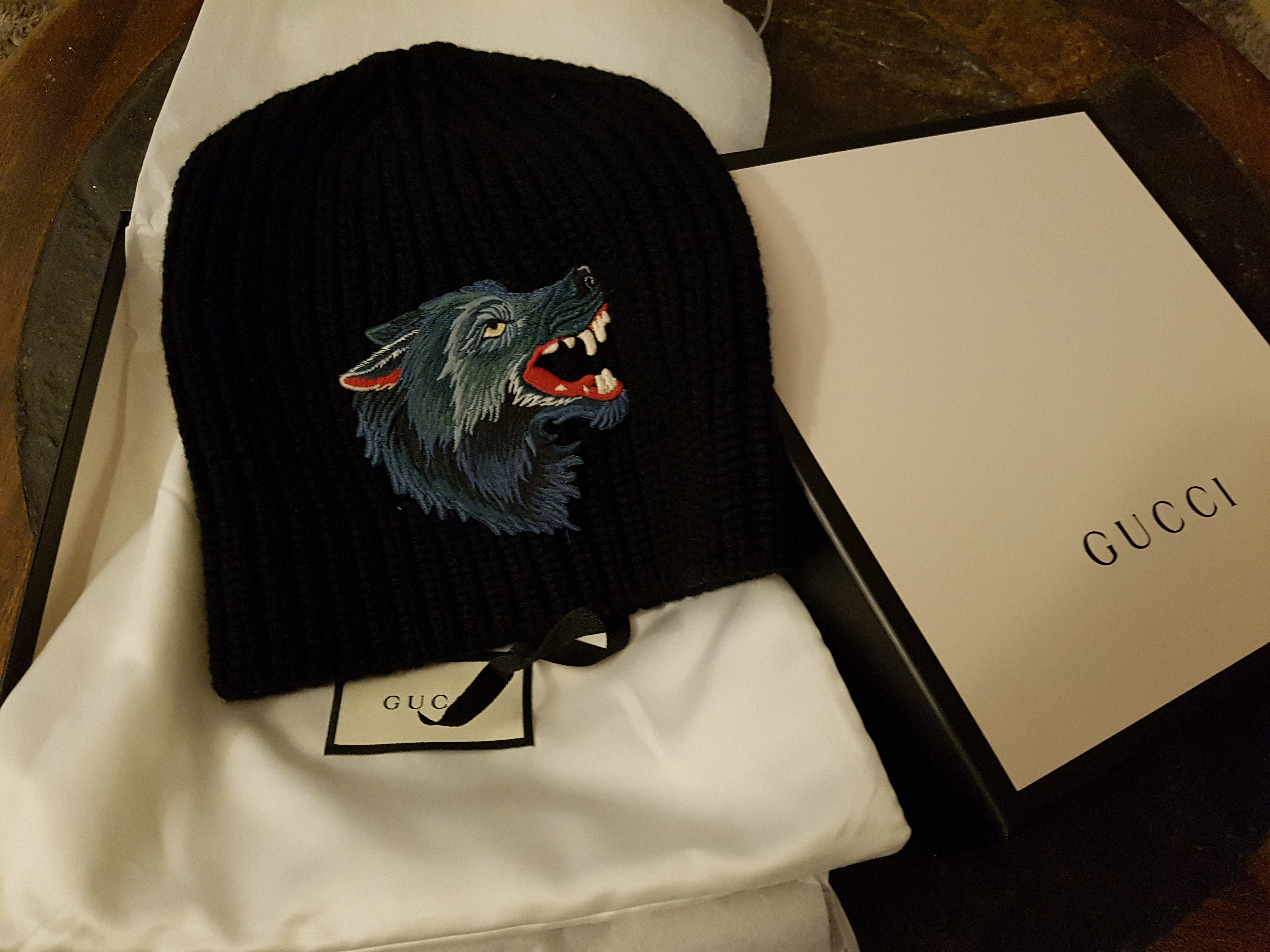 46805771 Gucci ×. Gucci Wolf beanie. Size: ONE SIZE
