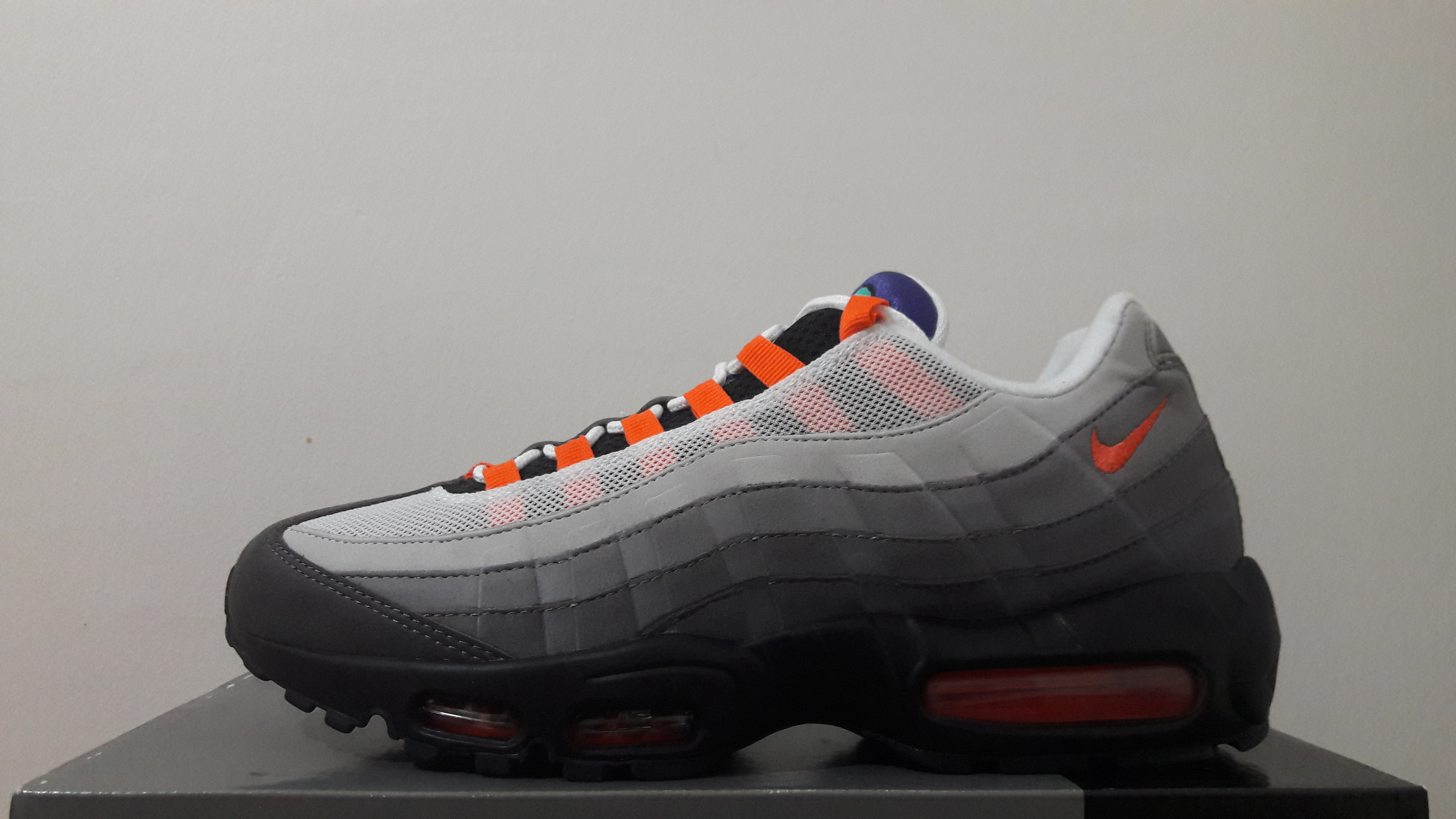 Mens Nike Air Max 95 OG QS Greedy Black Volt Safety Orange Trainers Running Shoes 810374 078 810374 078