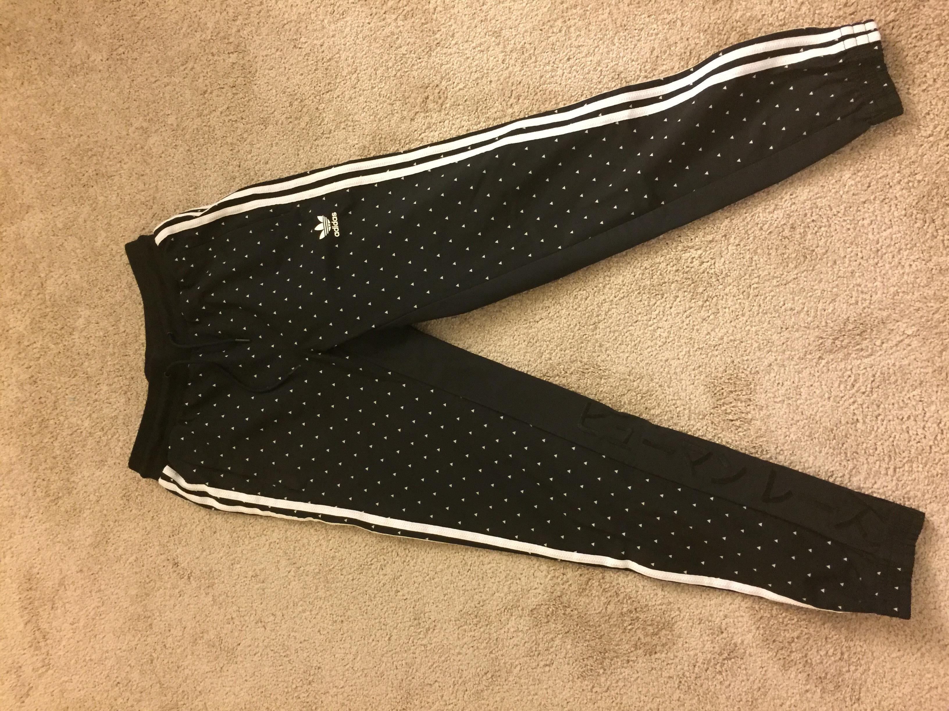 6b1ad687a2358 Adidas Adidas Pharrell Hu Carrot Pant Small Size 30 - Sweatpants   Joggers  for Sale - Grailed