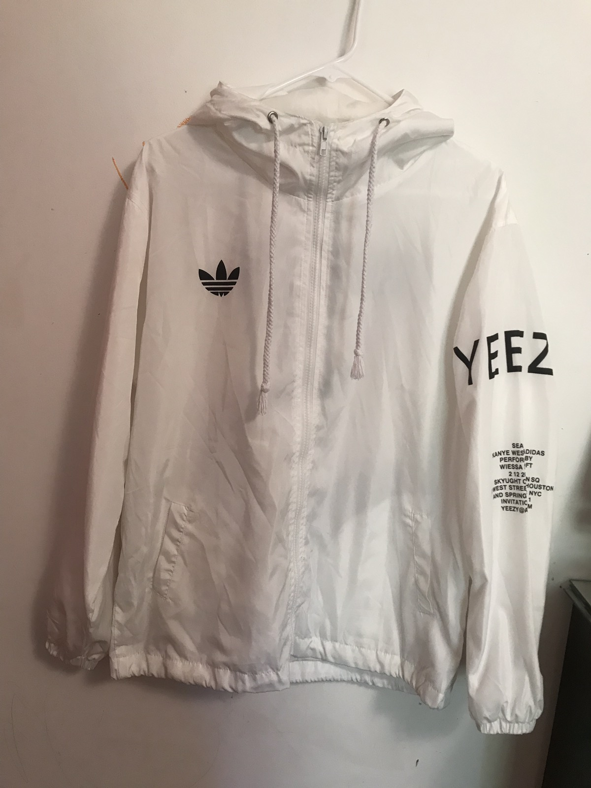the best attitude 9ba14 85bf3 Yeezy Season 3 White Jacket – NikeSaleOnline