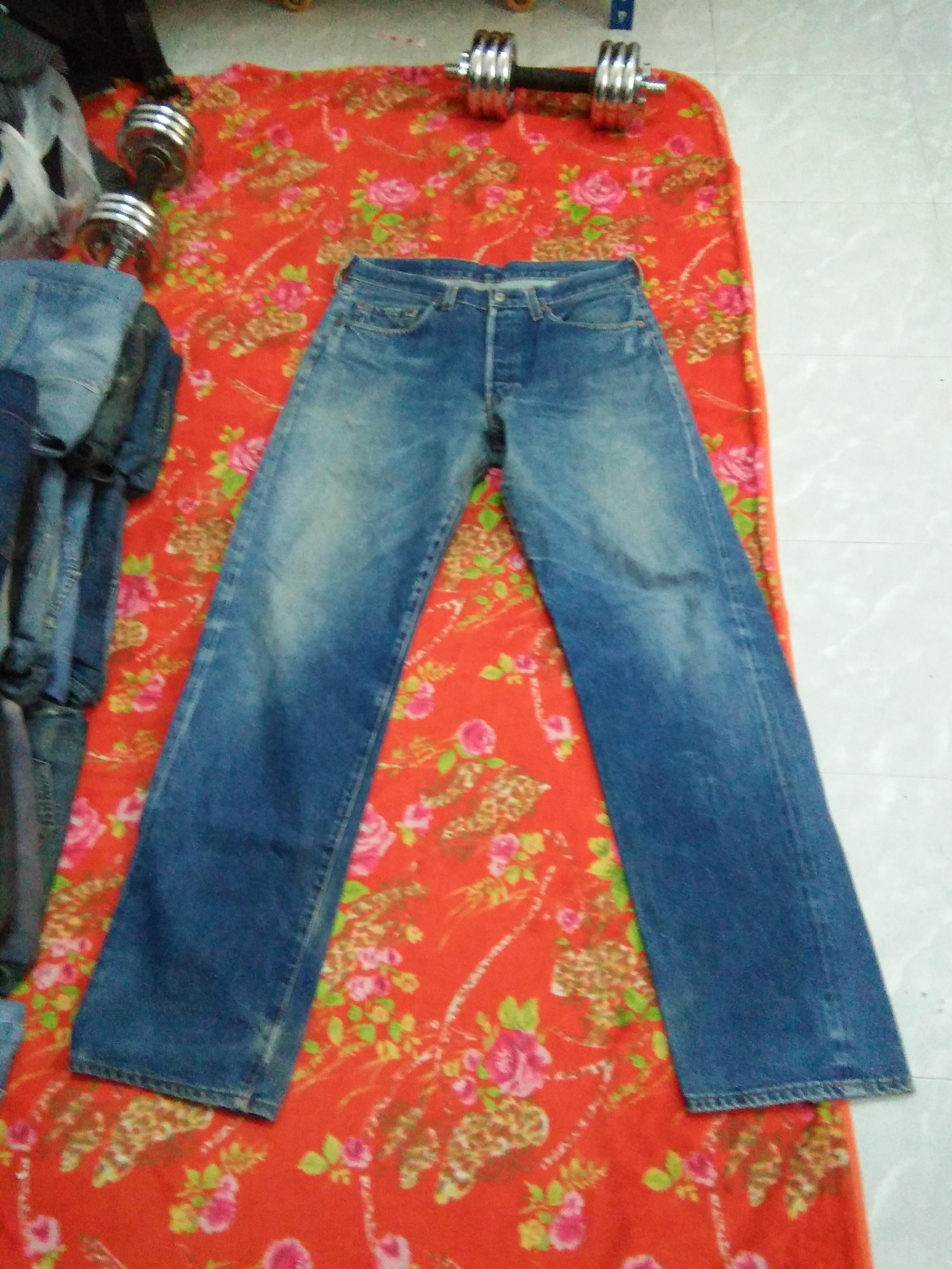 bb923498398 Levi's Vintage Levis 501 Jeans Selvedge Big E Button #555 Usa Waist ...