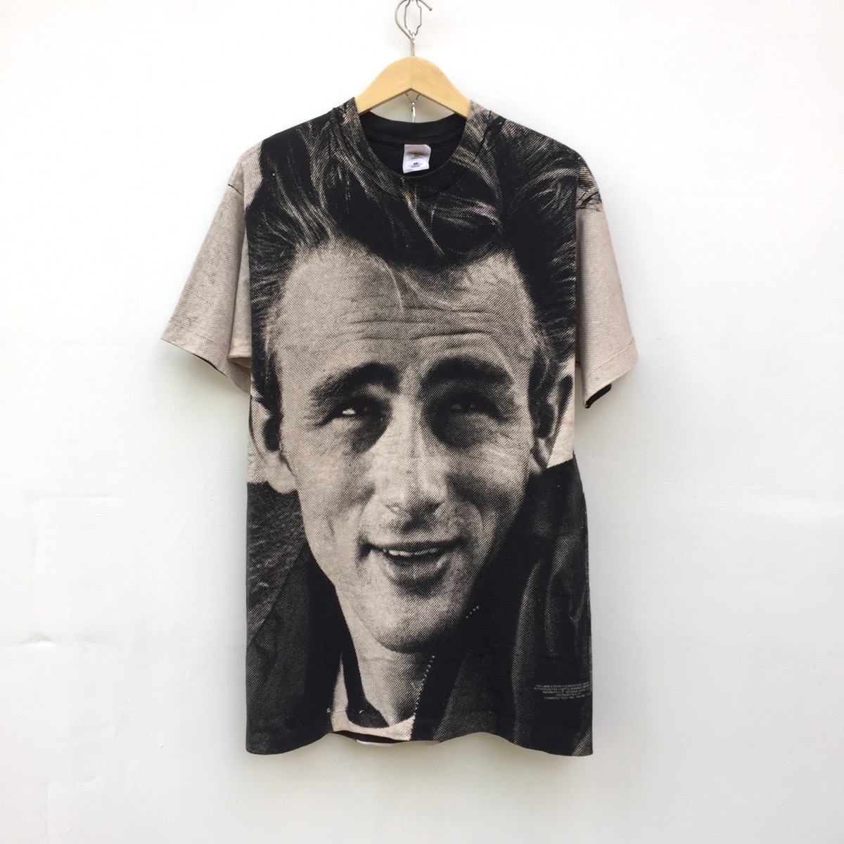 Rare! James dean rebel without a cause 1993  authorised by curtis management group indianapolis ALl OVer PRint MOSquito HEad T-SHirt X L