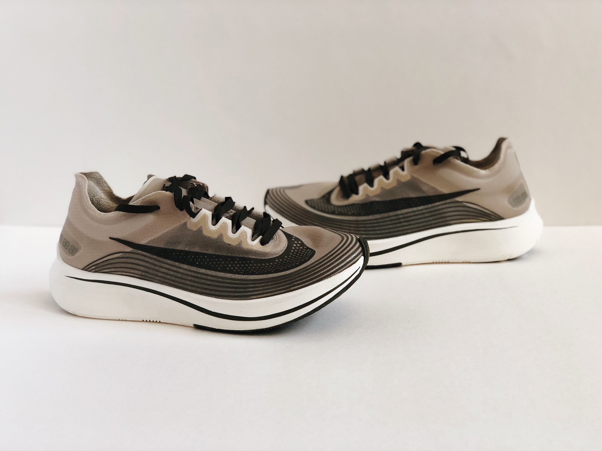 a5b50ca7be25 Nike. NIKE ZOOM FLY SP SHANGHAI  SZ 6   WMN 7.5  DARK LODEN STUCCO AA3172- 300
