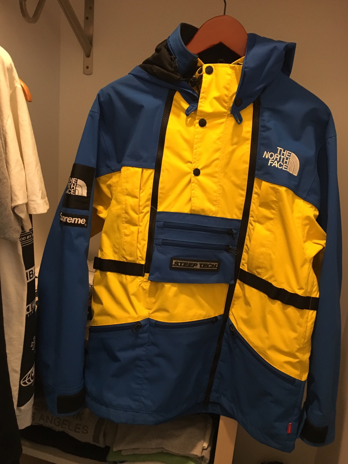 fdfd9518e4 Supreme Supreme X North Face Steep Tech Royal Jacket Size m - Raincoats for  Sale - Grailed