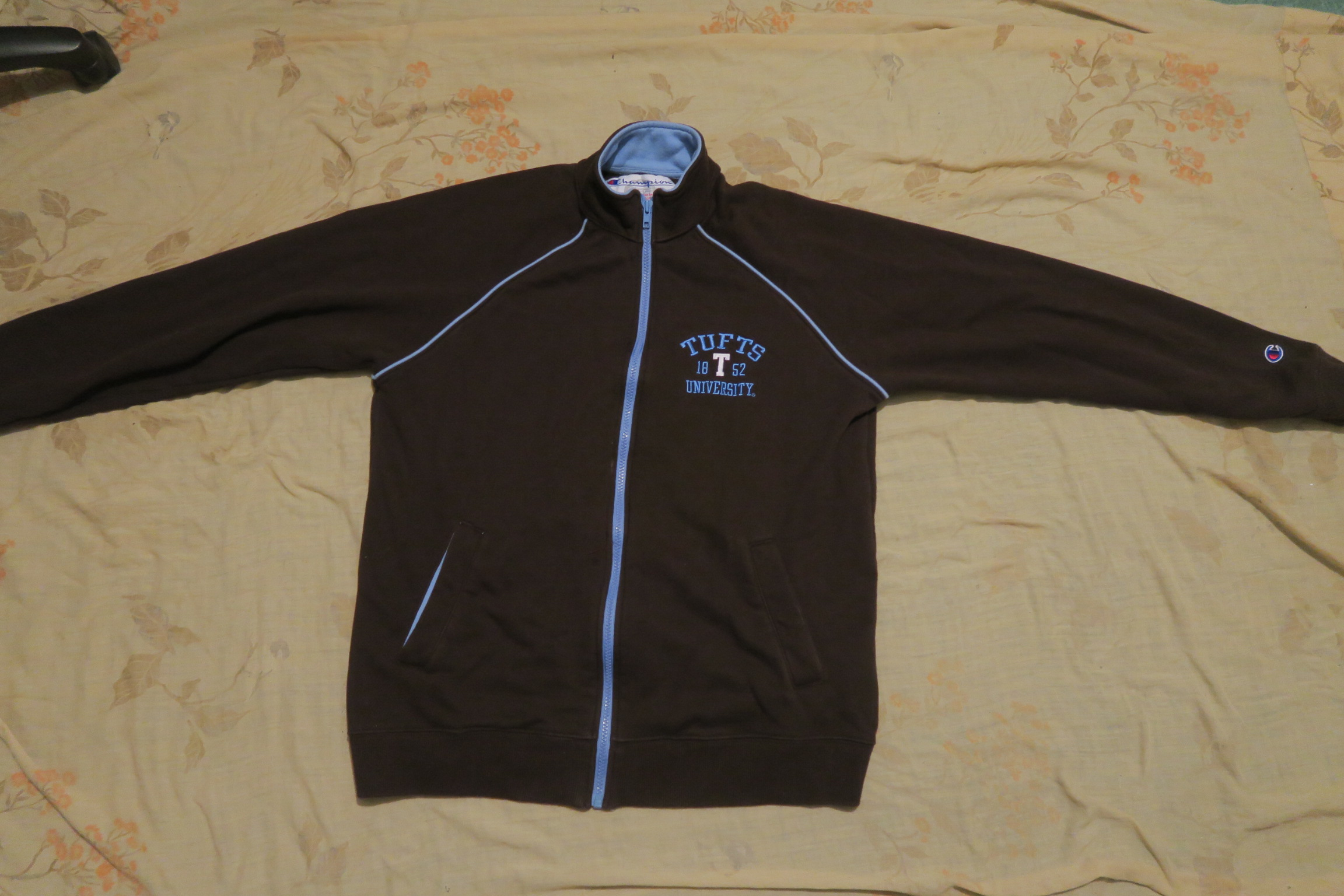 37ec4a11ea85 Vintage × Champion × Collegiate ×. VTG Champion Tufts University Full Zip Men's  Jacket Brown ...