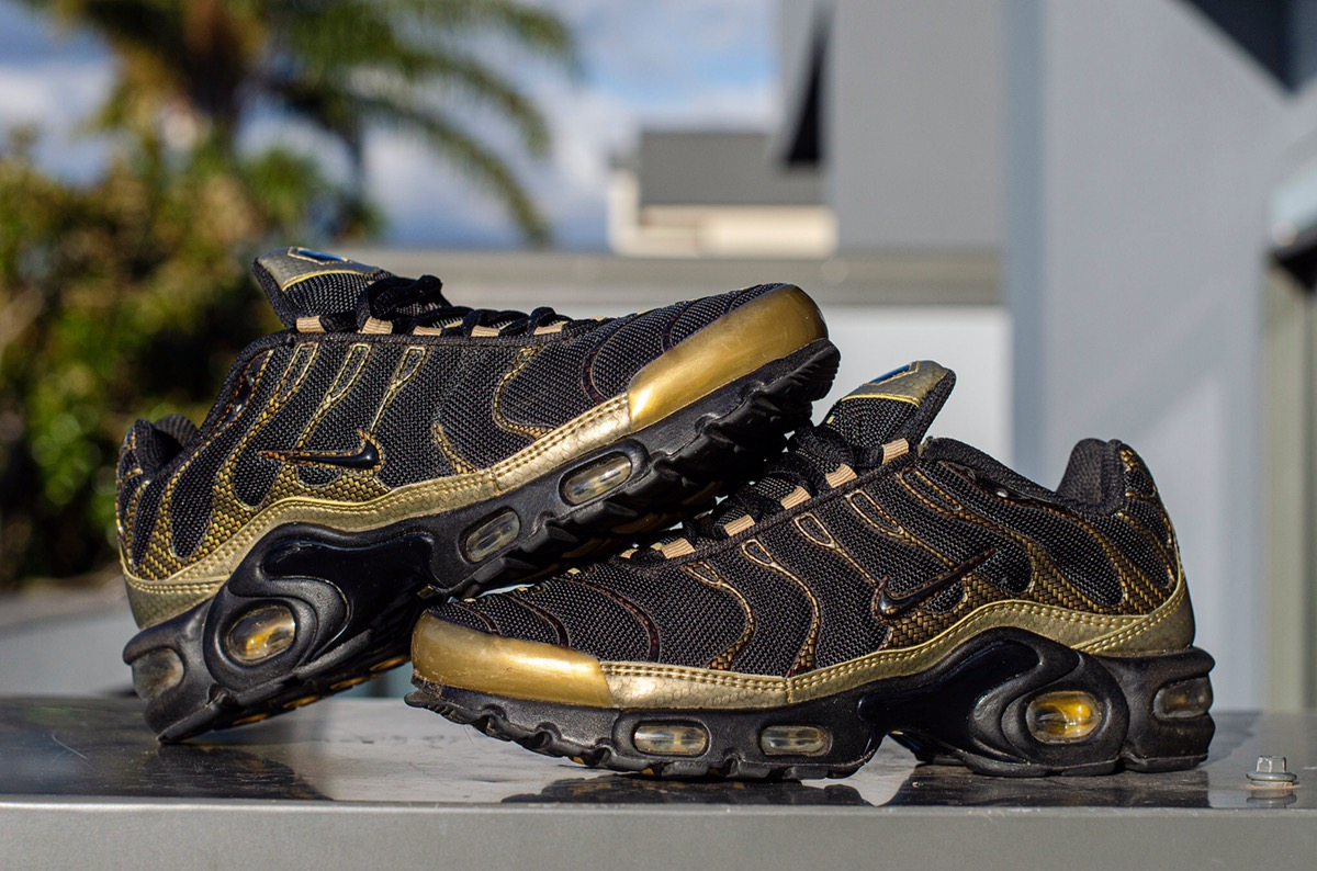 Nike Nike TN Gold Carbon Womens US6