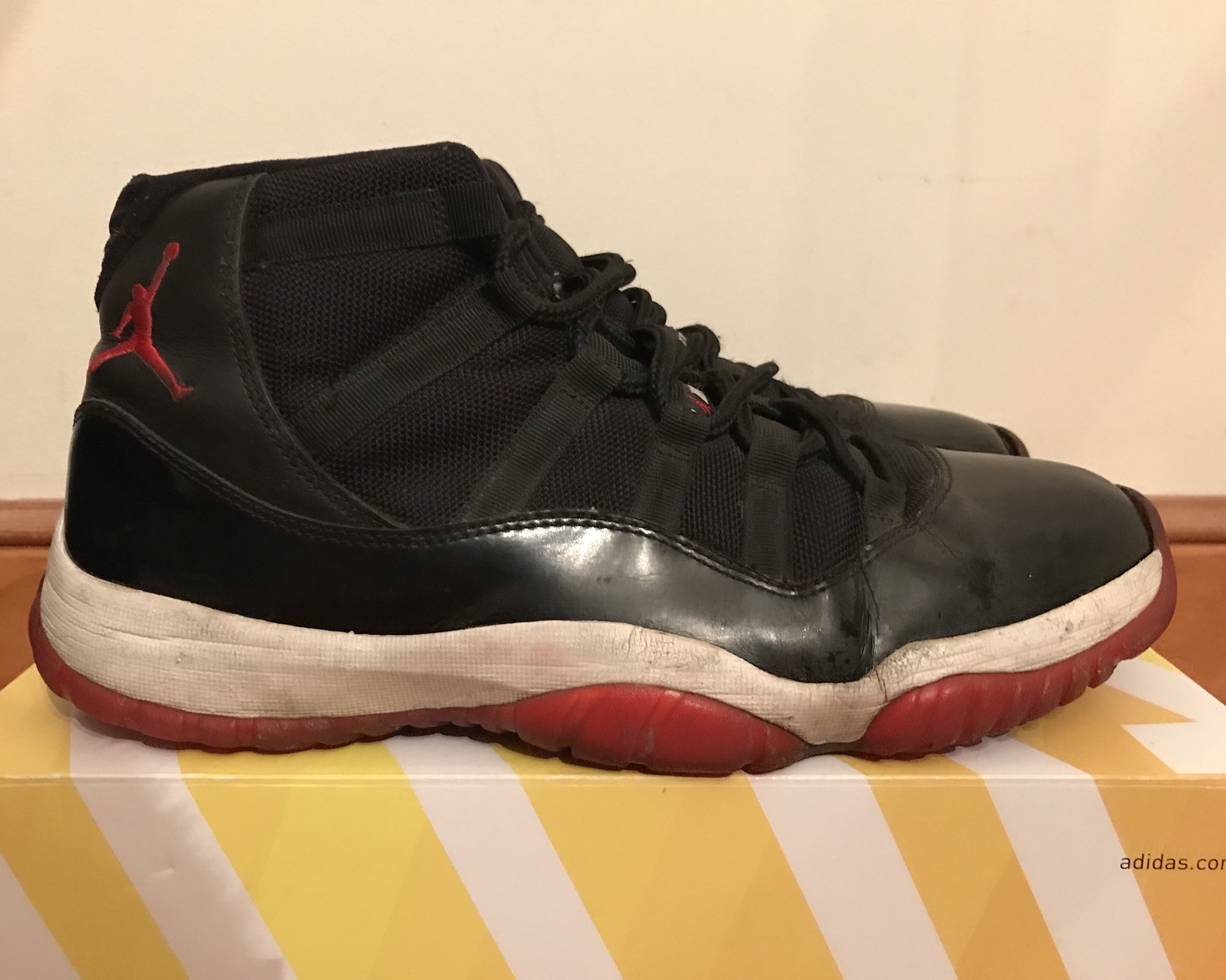 "e6bdb3cfec1eb9 Jordan Brand RETRO 11 ""BRED PLAYOFFS"" 2012 Size 10.5 - Hi-Top Sneakers for  Sale - Grailed"