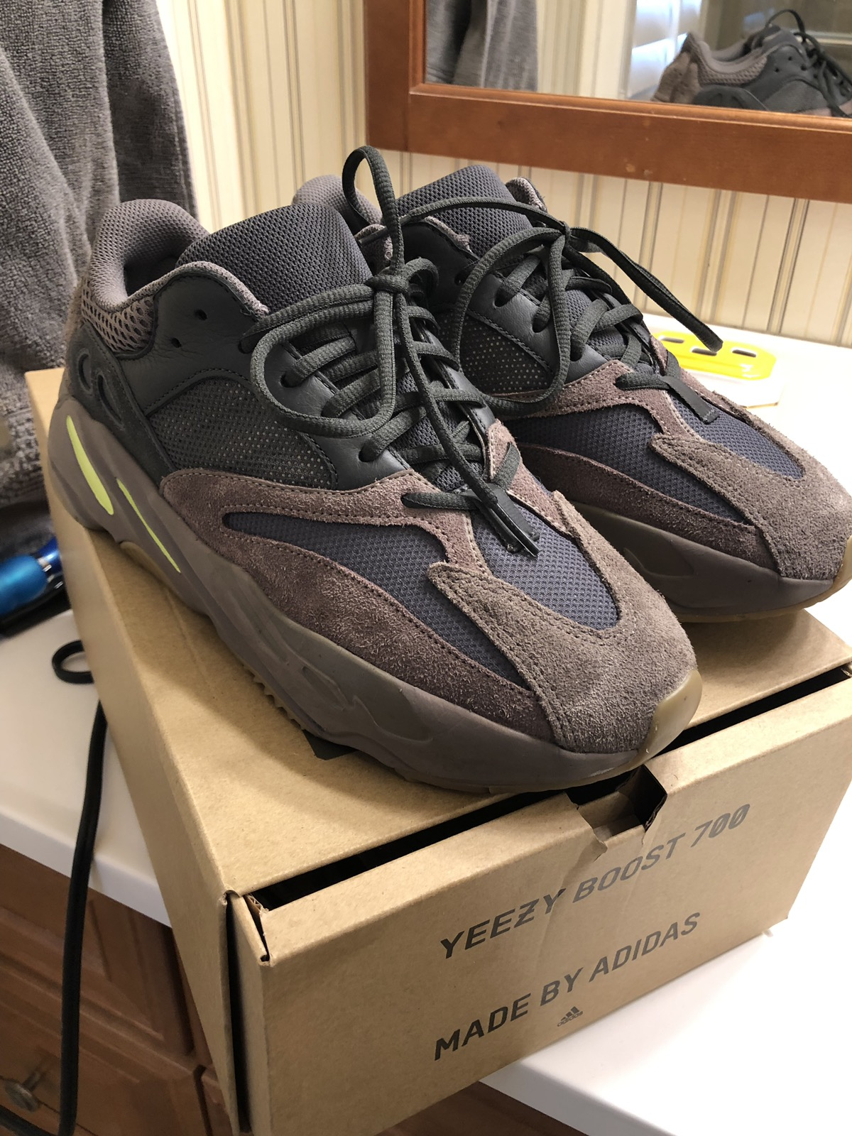 5d386cdfa0ee00 Adidas Kanye West (STEAL) Yeezy Mauve Size 9 - Low-Top Sneakers for Sale -  Grailed