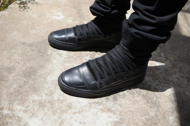 Kris Van Assche Overlaced hightop sneakers Size 9 - Hi-Top Sneakers for  Sale - Grailed 7f159d1d3