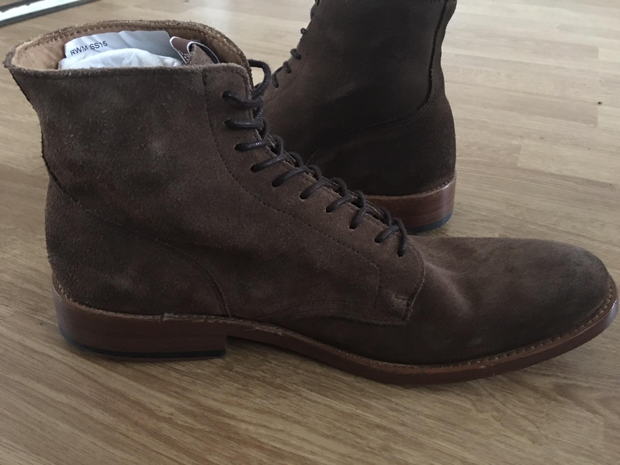 ad15f8b036f1 Lage Boot 1