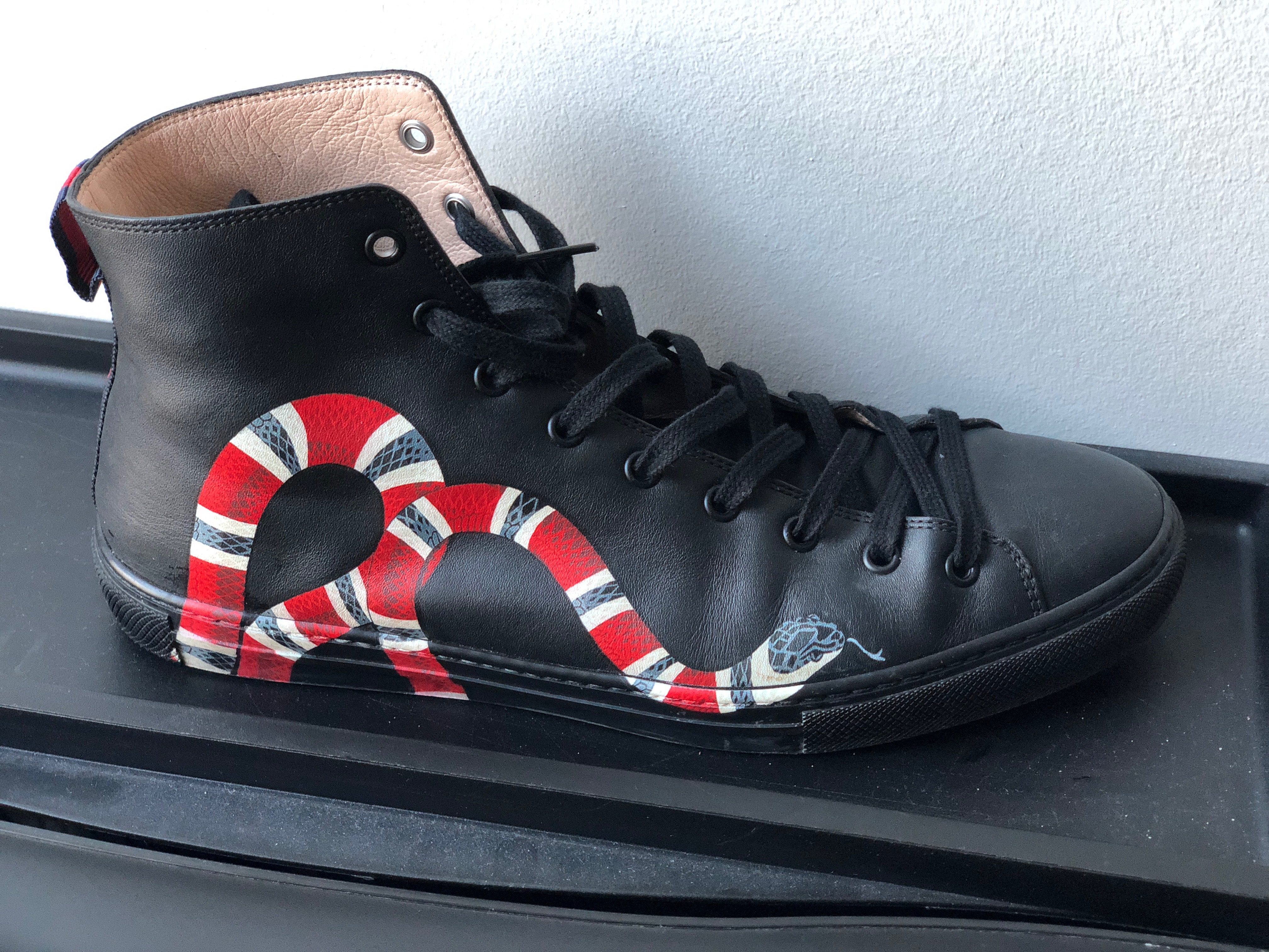 cd39e19fd8a Gucci Gucci Snake High Top Size 8.5 - Hi-Top Sneakers for Sale - Grailed
