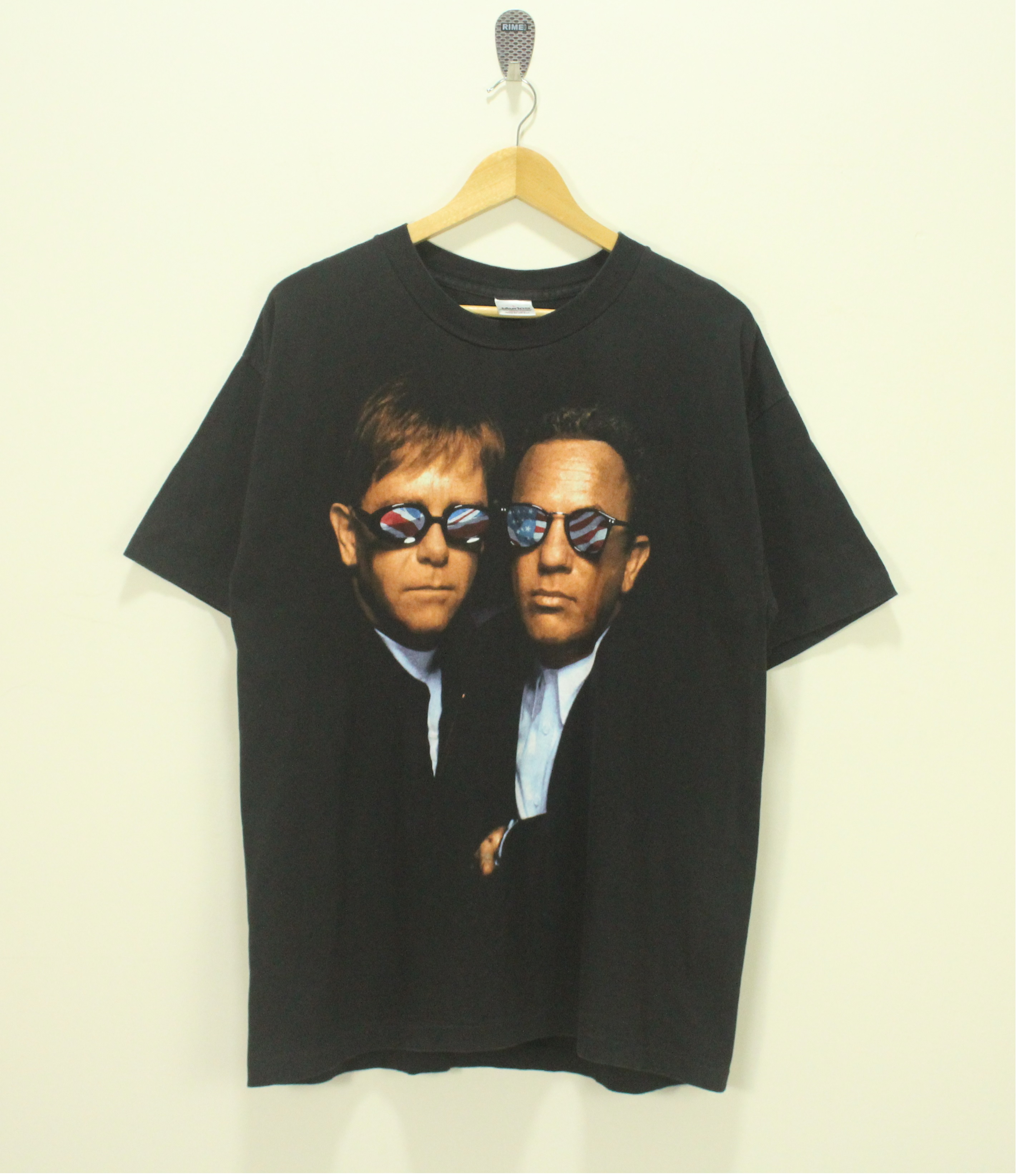 Vintage 1997 Elton John Shirt VTG 90s Single Stitch Music Tshirt Pop Culture Band Tee Size Large Unisex Adult