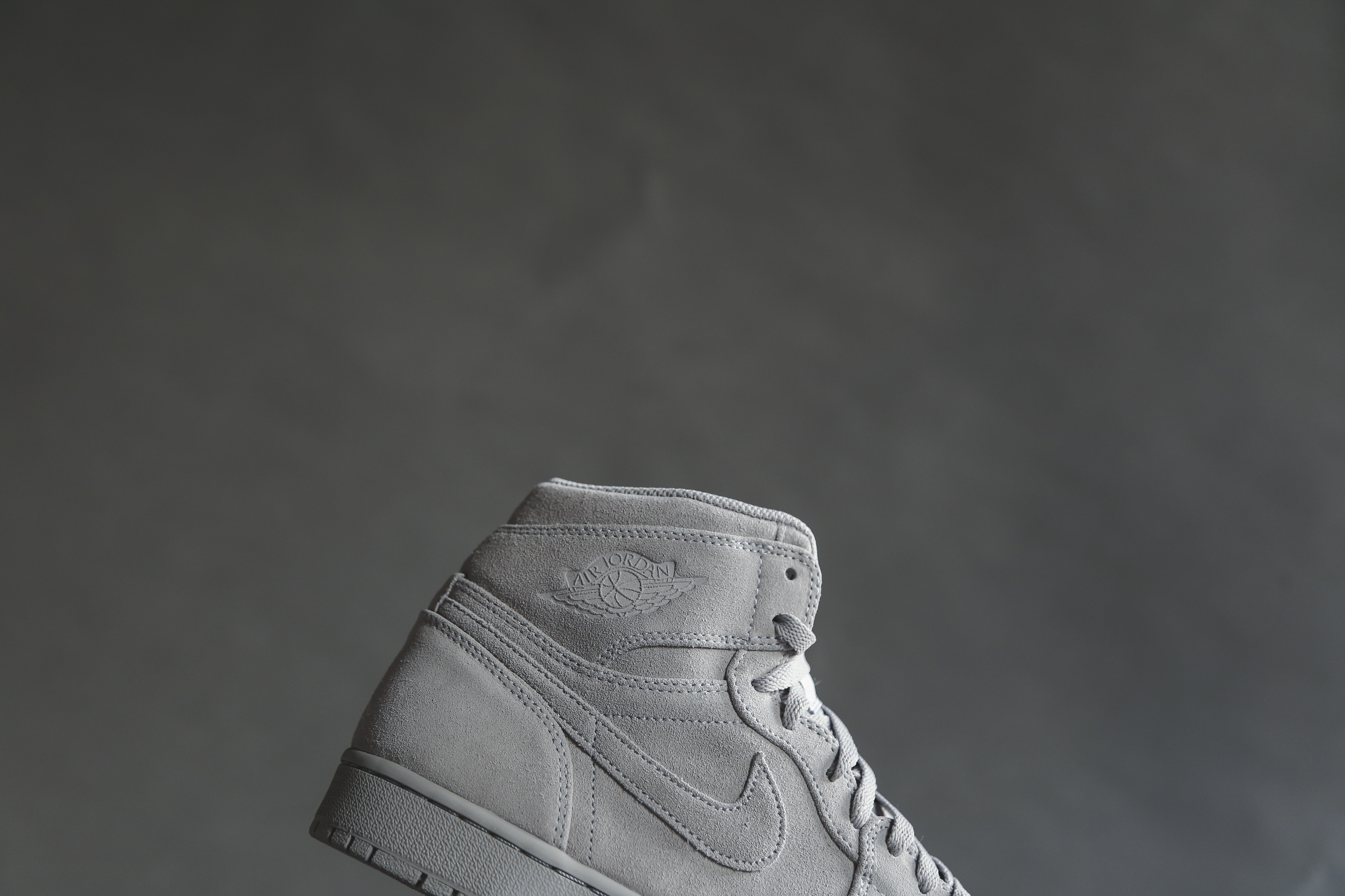 df40a02283e4 Jordan Brand Air Jordan 1 Retro High Wolf Grey Suede Size 10.5 - Hi ...