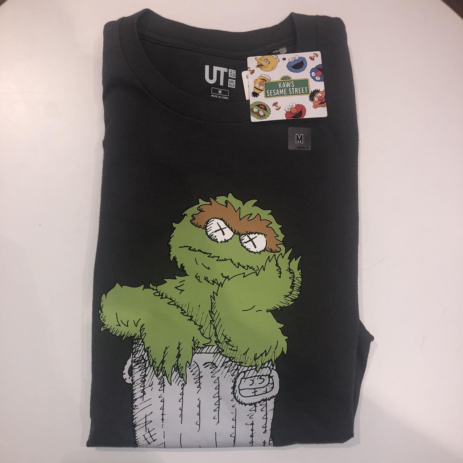 Kaws Sesame Street Uniqlo Oscar The Grouch Trash Can Medium Grey Shirt Rare Limited Tee M In Hand Ready To Ship
