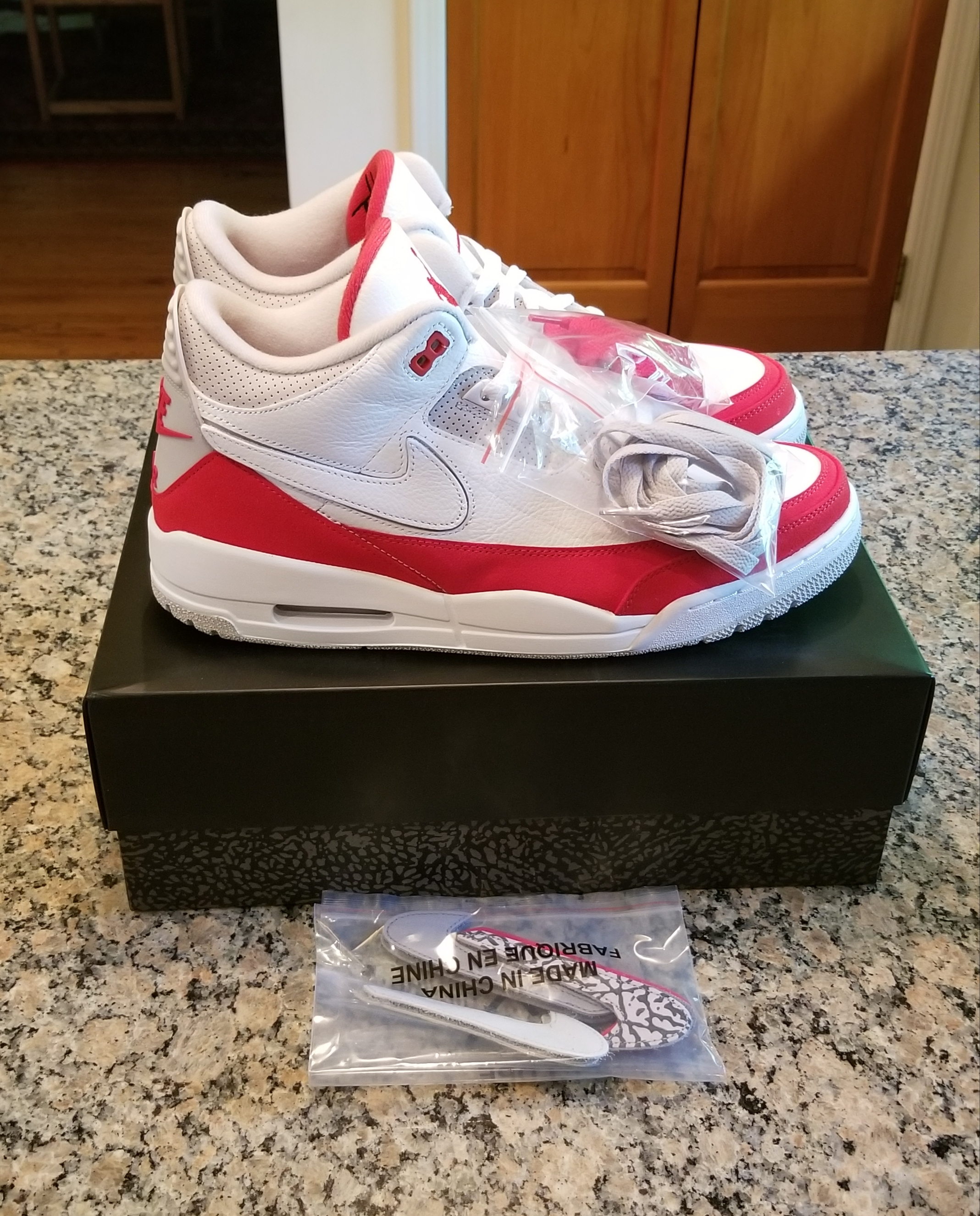 huge selection of f02f8 8354d Nike Air Jordan 3 Air Max 1 White Red Men's Size 12 NEW