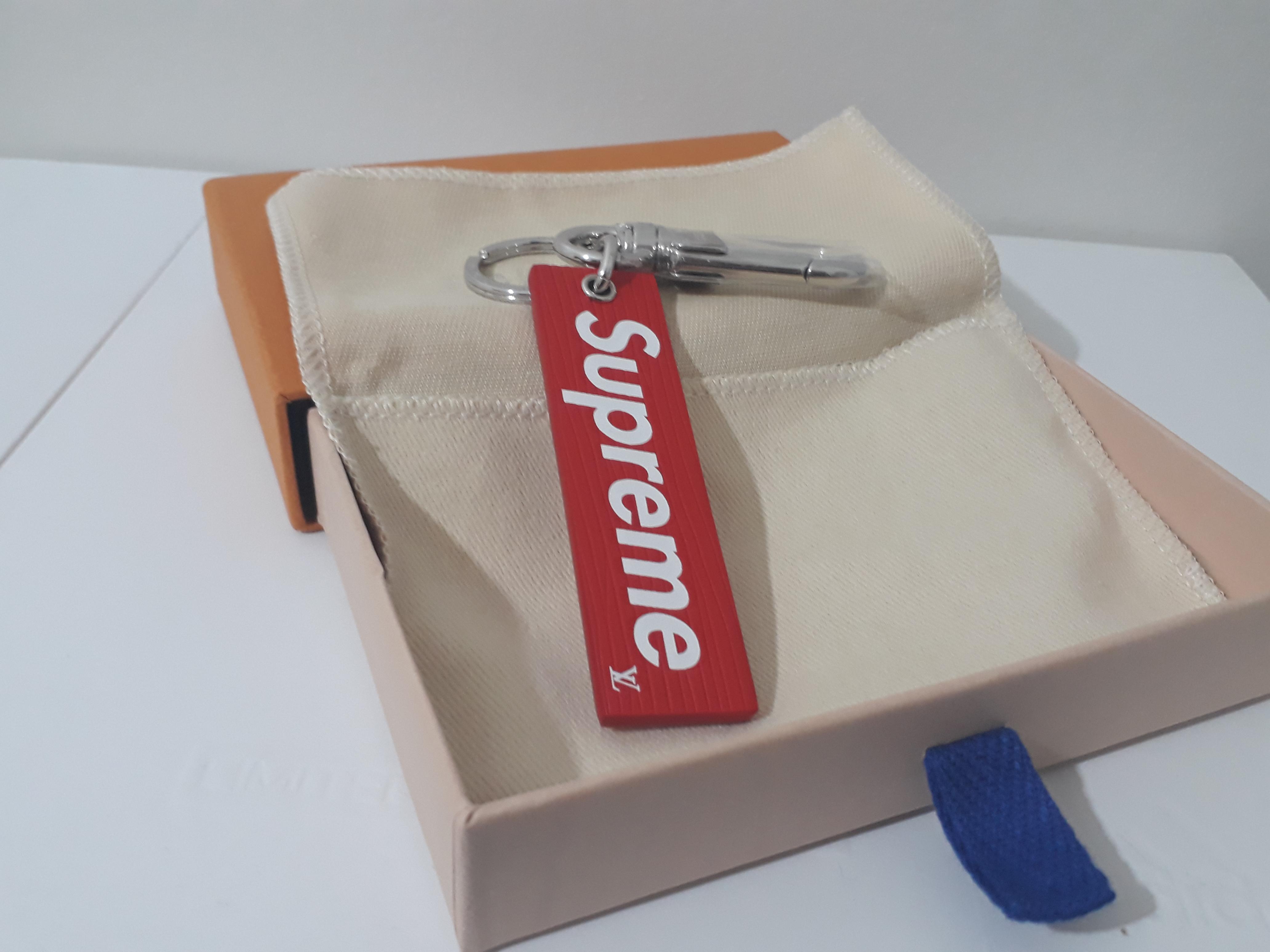 03bc03b908bb Supreme × Louis Vuitton. supreme x louis vuitton downtown tab bag  charm keyholder red box ...