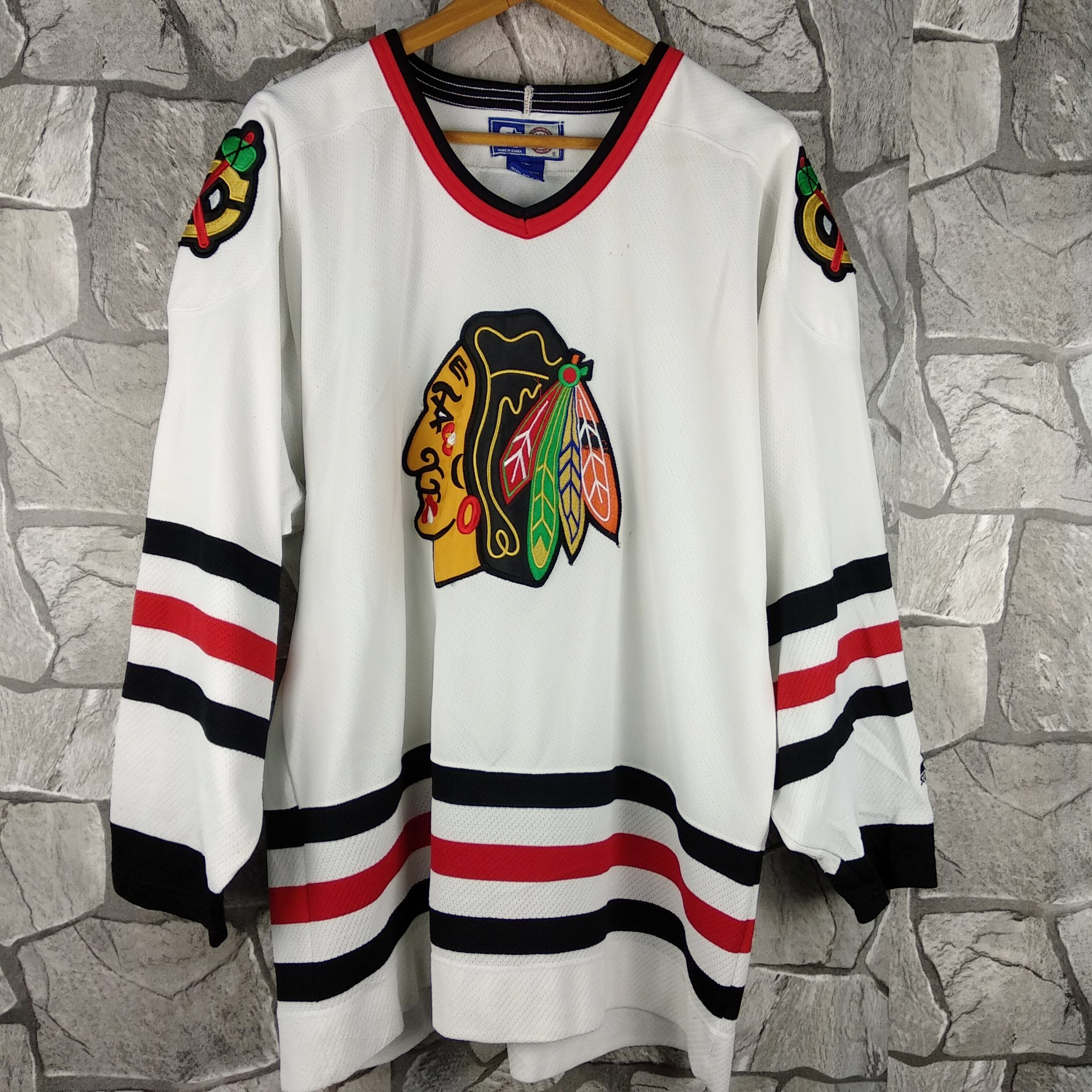 competitive price b4e94 9d1df Vintage 90s Starter NHL Chicago Blackhawks Black Ice Hockey Jersey X-Large