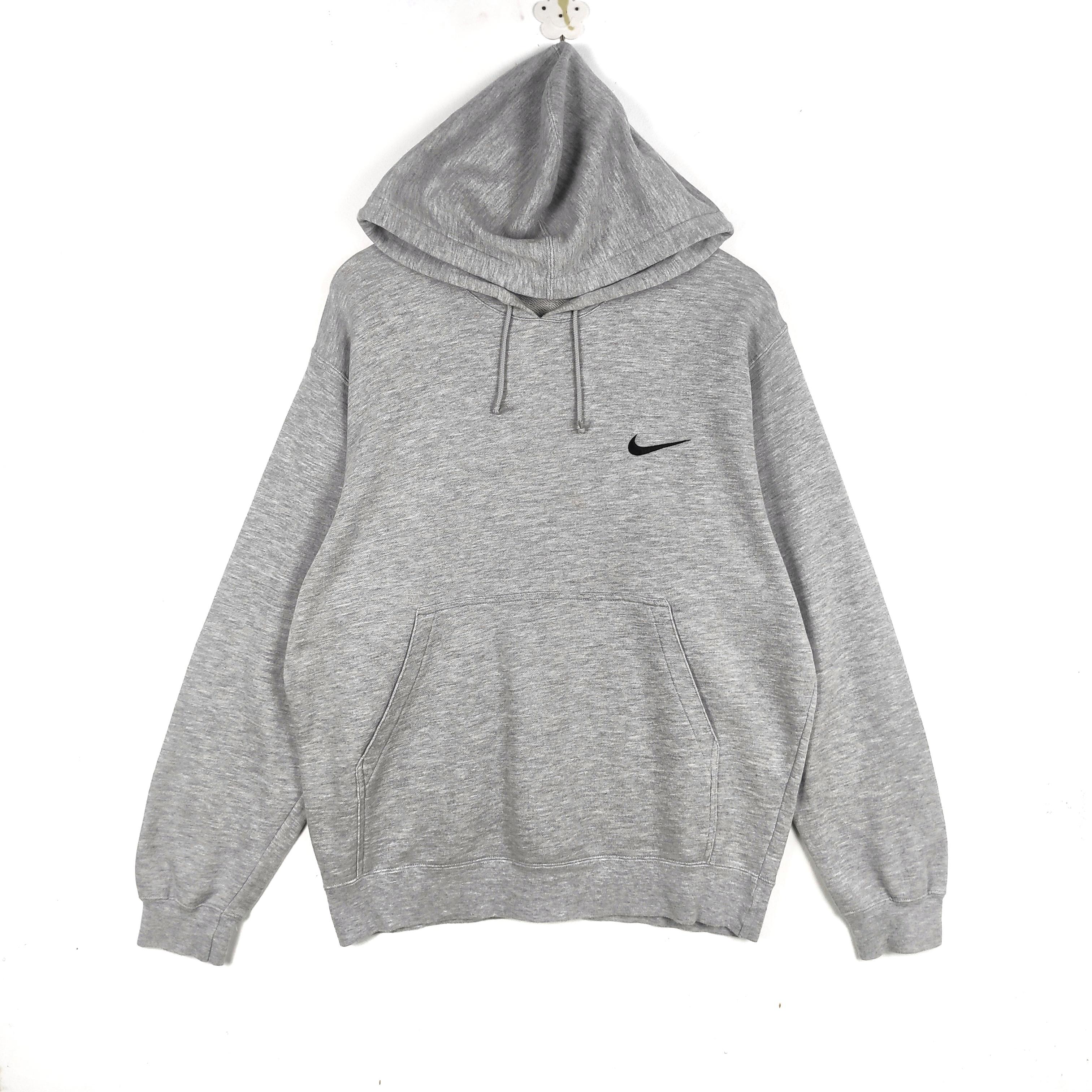 nike 90s sweater