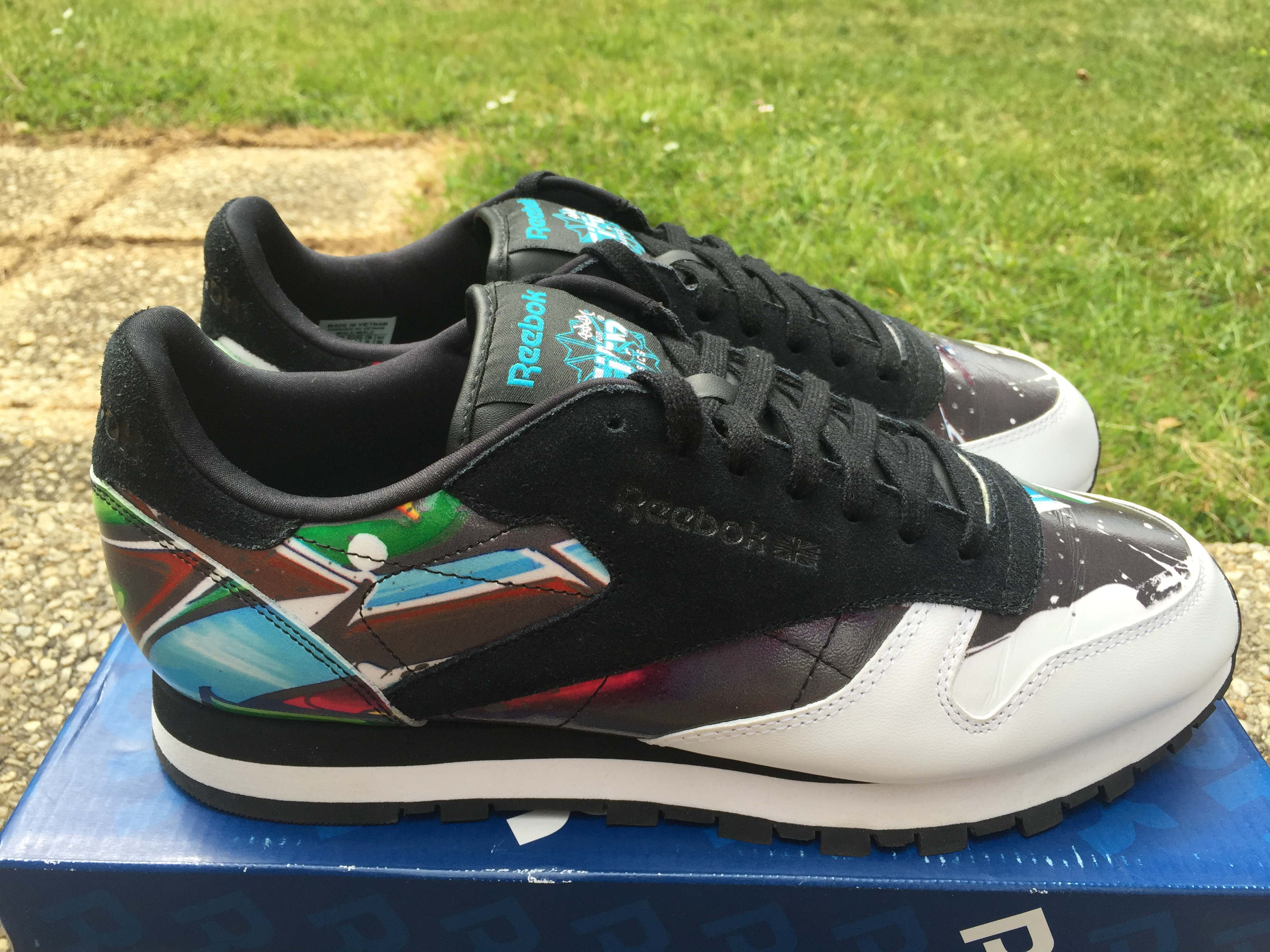 Reebok Reebok x Stash City Classics Chicago Classic Leather Size 10 -  Low-Top Sneakers for Sale - Grailed 8dd067d0f