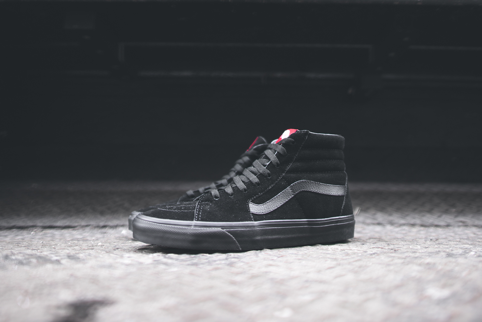 39e7cd4c5ff7cb Vans Sk8 Hi Triple Black Size 8.5 - Hi-Top Sneakers for Sale - Grailed