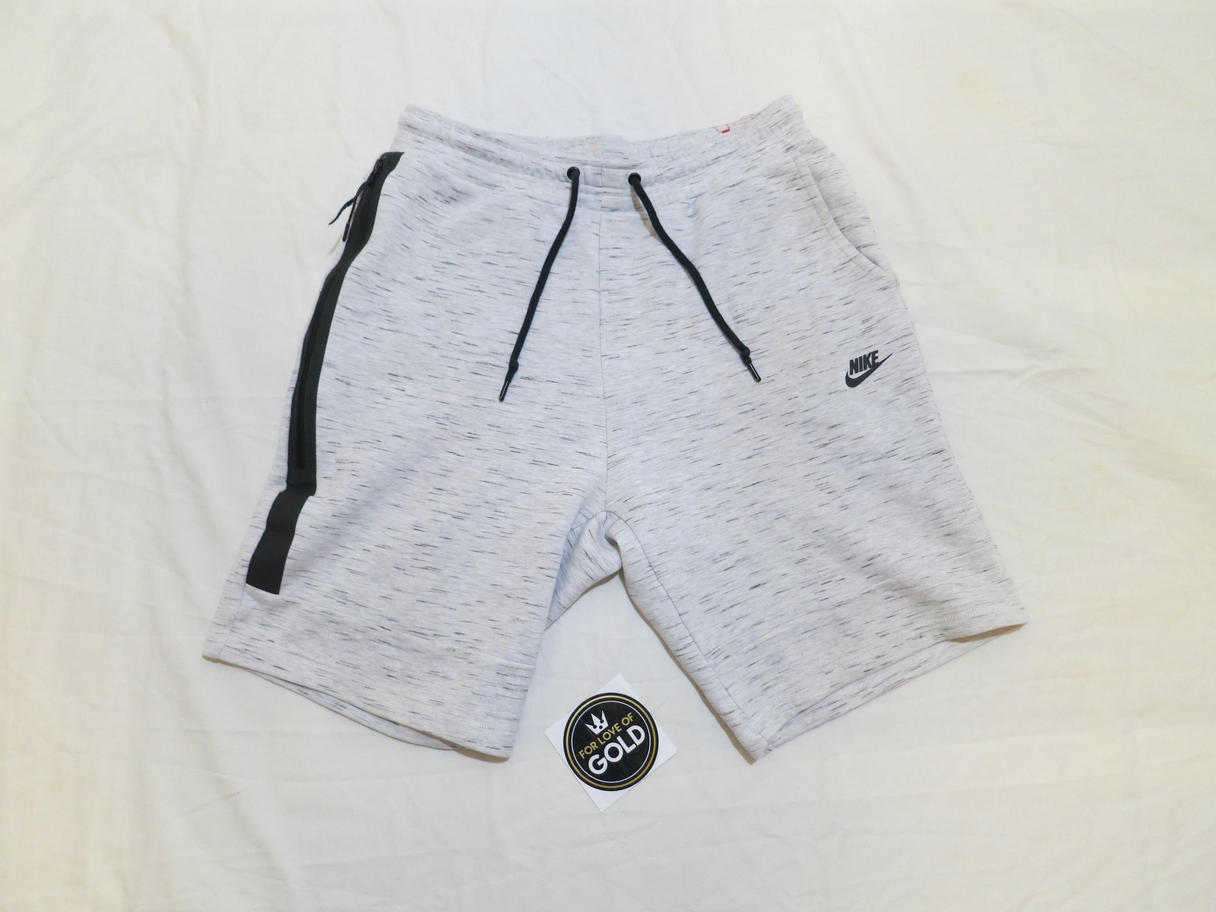Nike Size L Nike Tech Fleece Shorts White Black Grailed