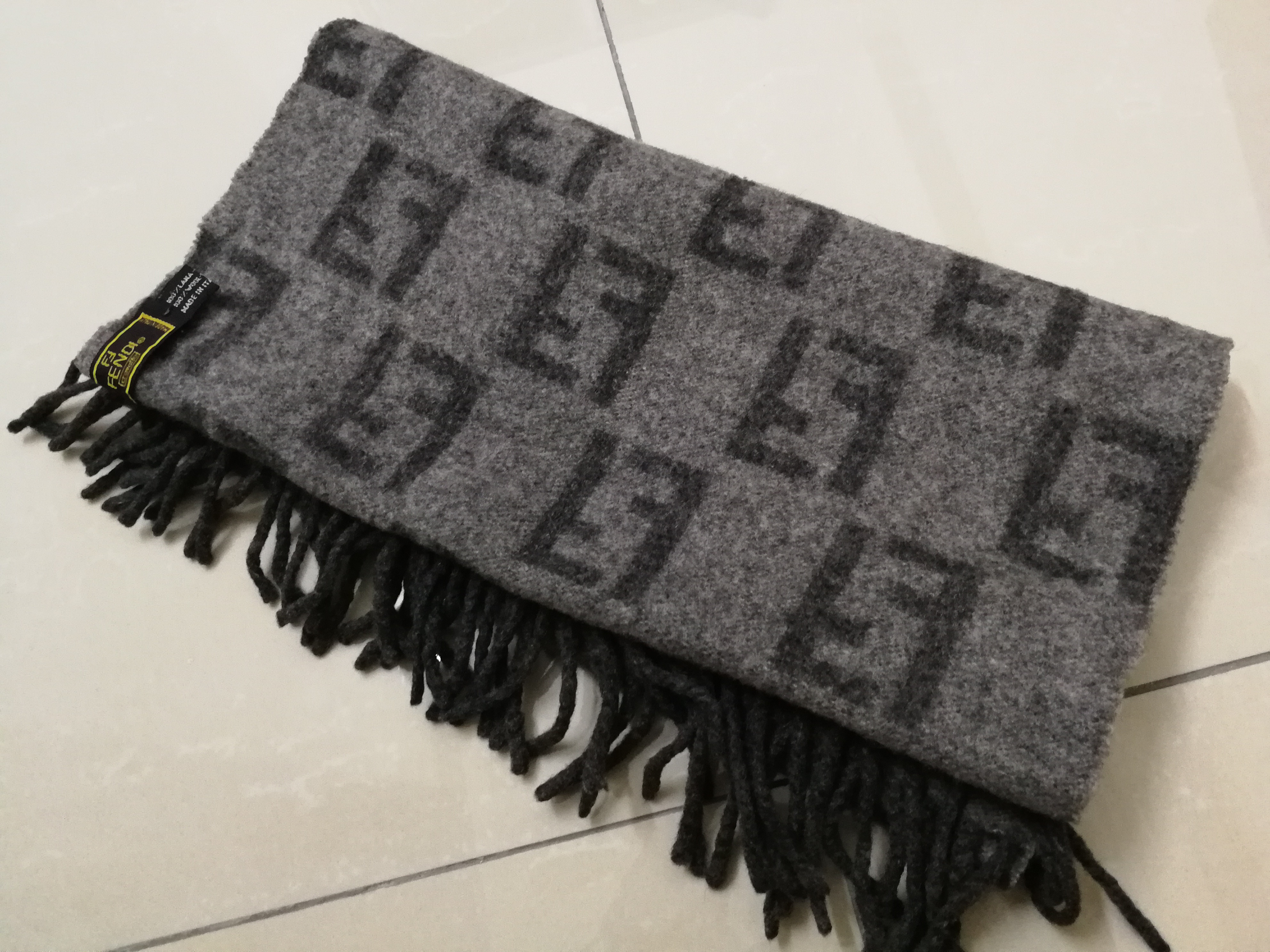 9a6aabf7910 Fendi ×. Fendi scarf monogram ff gray made in italy 100% lana wool. Size  ONE  SIZE