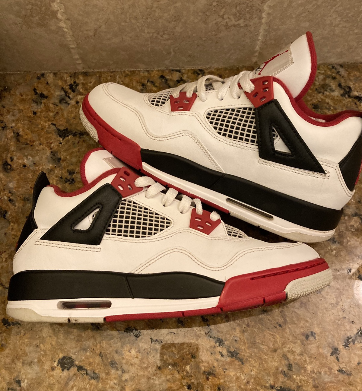 Jordan Brand Air Jordan 4 Retro GS Fire Red 2012