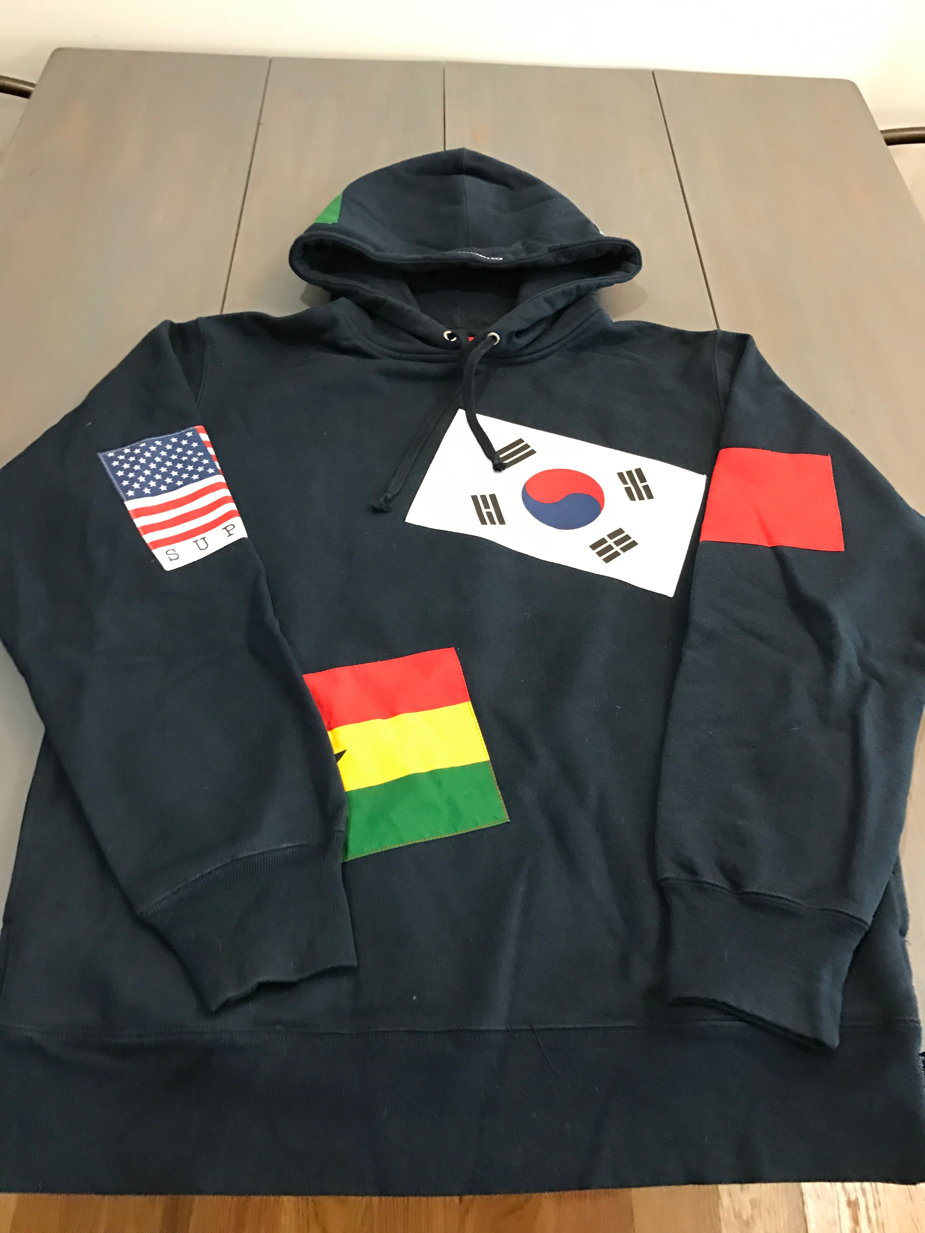 640ca4f91a2f Supreme World Flag Hoodie Size l - Sweatshirts   Hoodies for Sale - Grailed