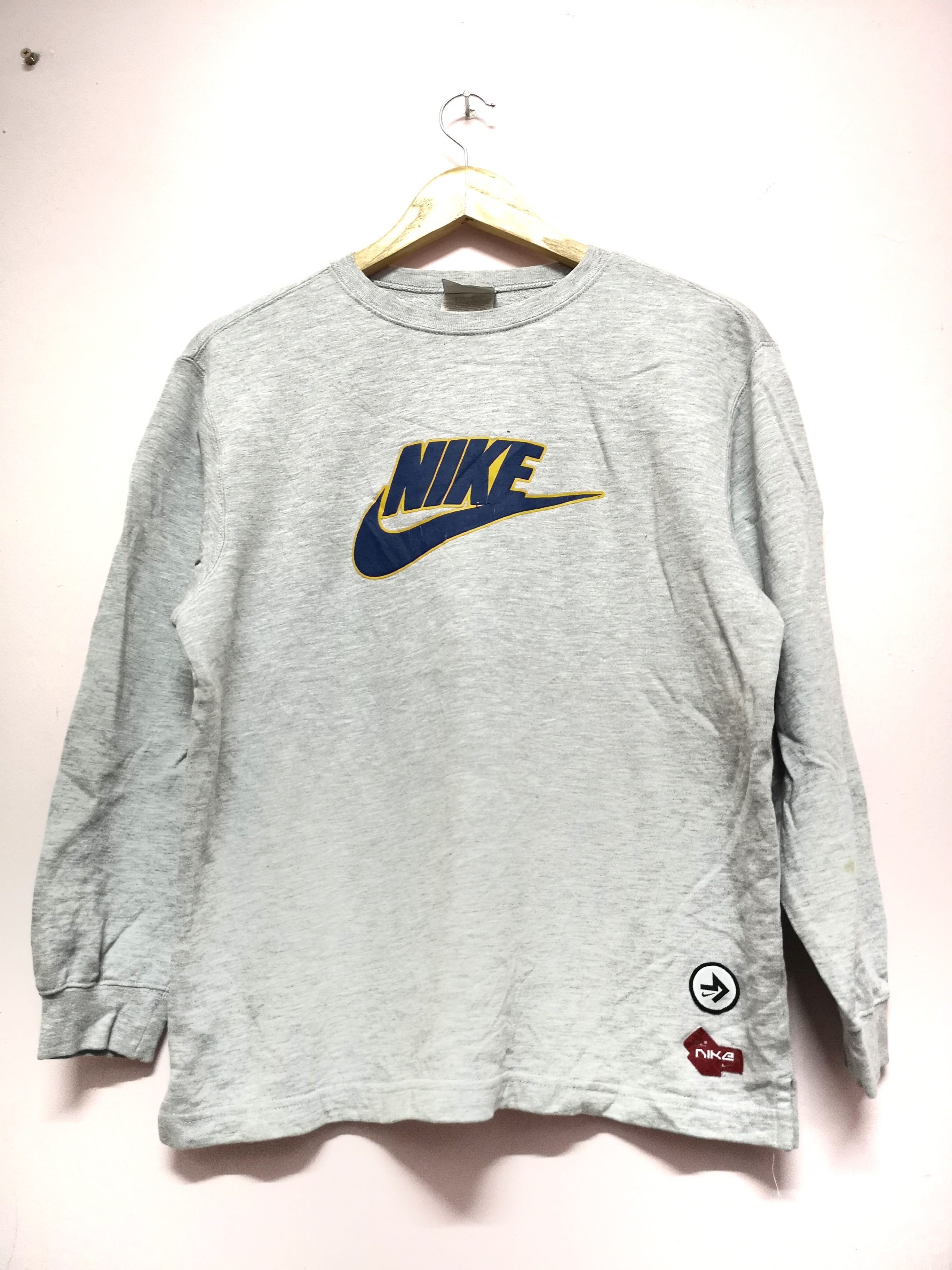 846af648 Retro Nike Crewneck Sweatshirts – EDGE Engineering and Consulting ...
