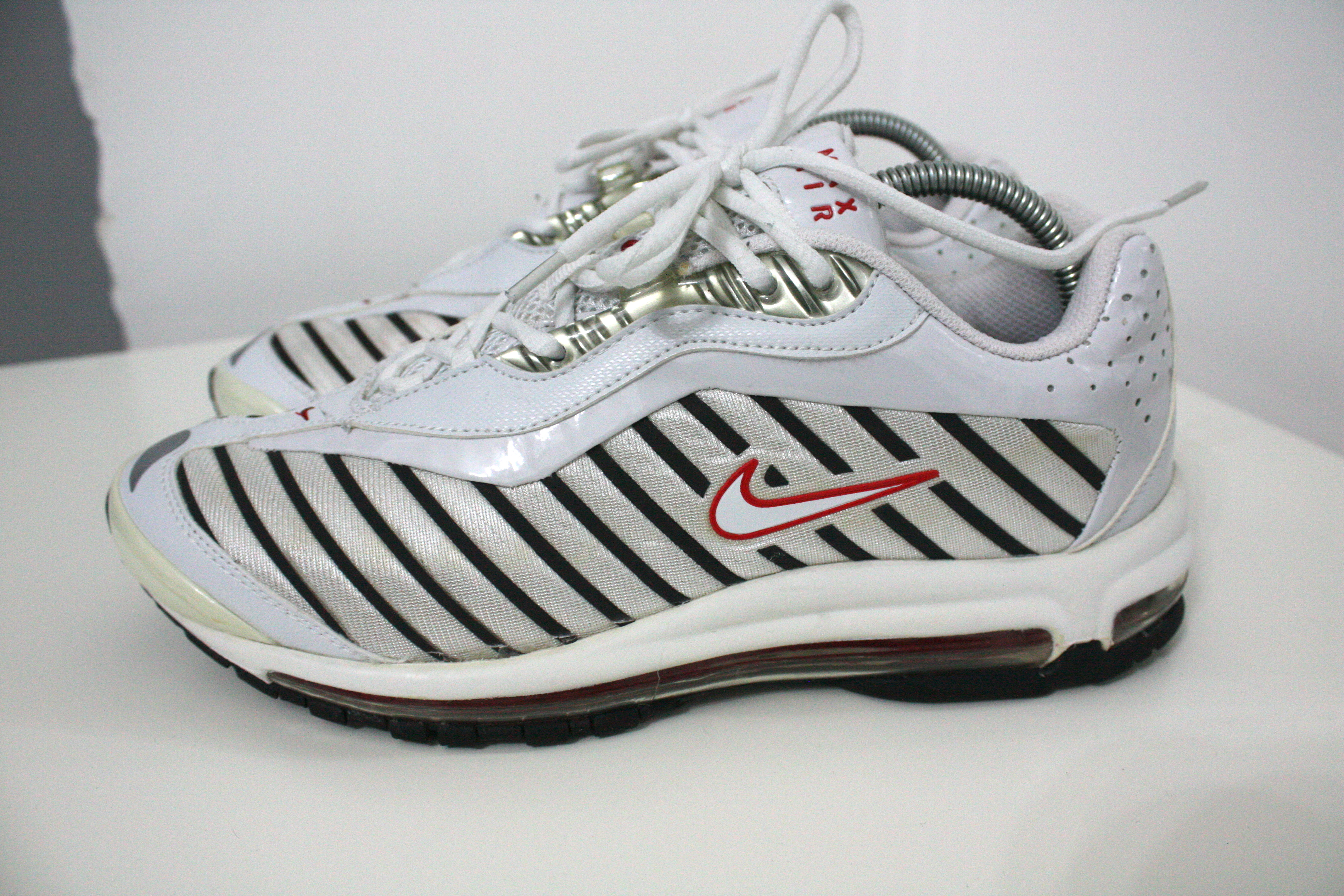 109a8d8221 Nike × Vintage ×. Air Max Deluxe / 2000 ...