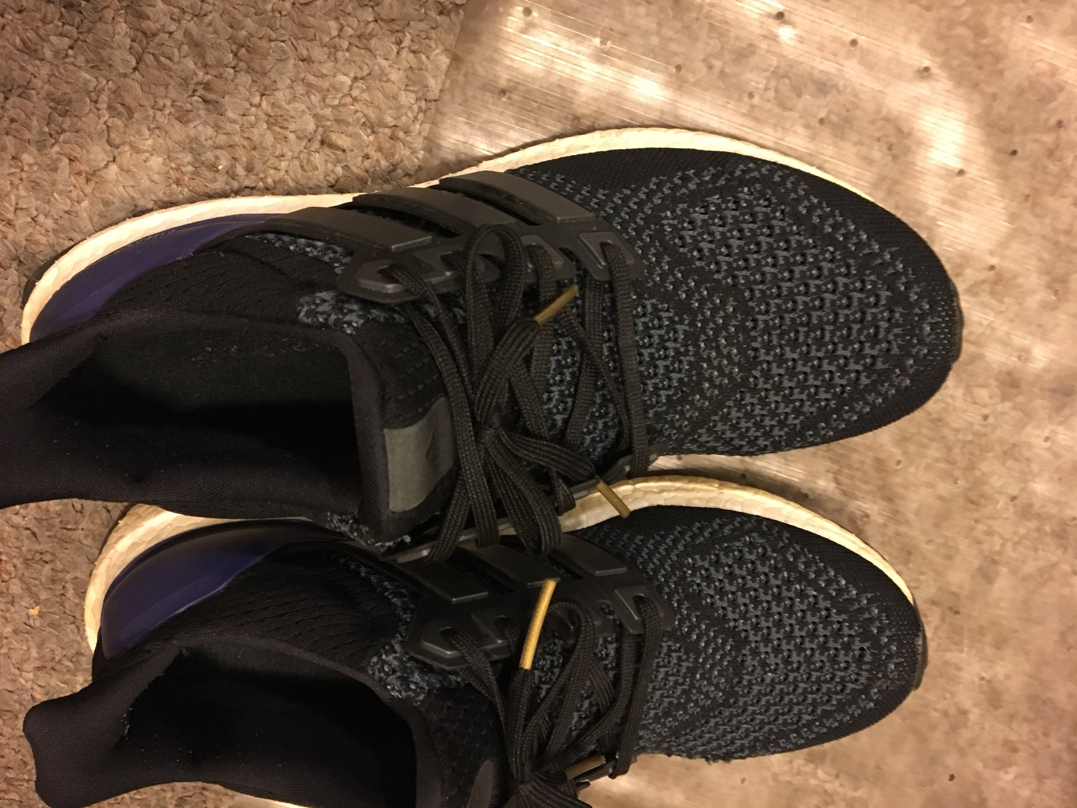 2008fdcad815 Adidas Adidas Ultra Boost OG Size 9 - Low-Top Sneakers for Sale ...