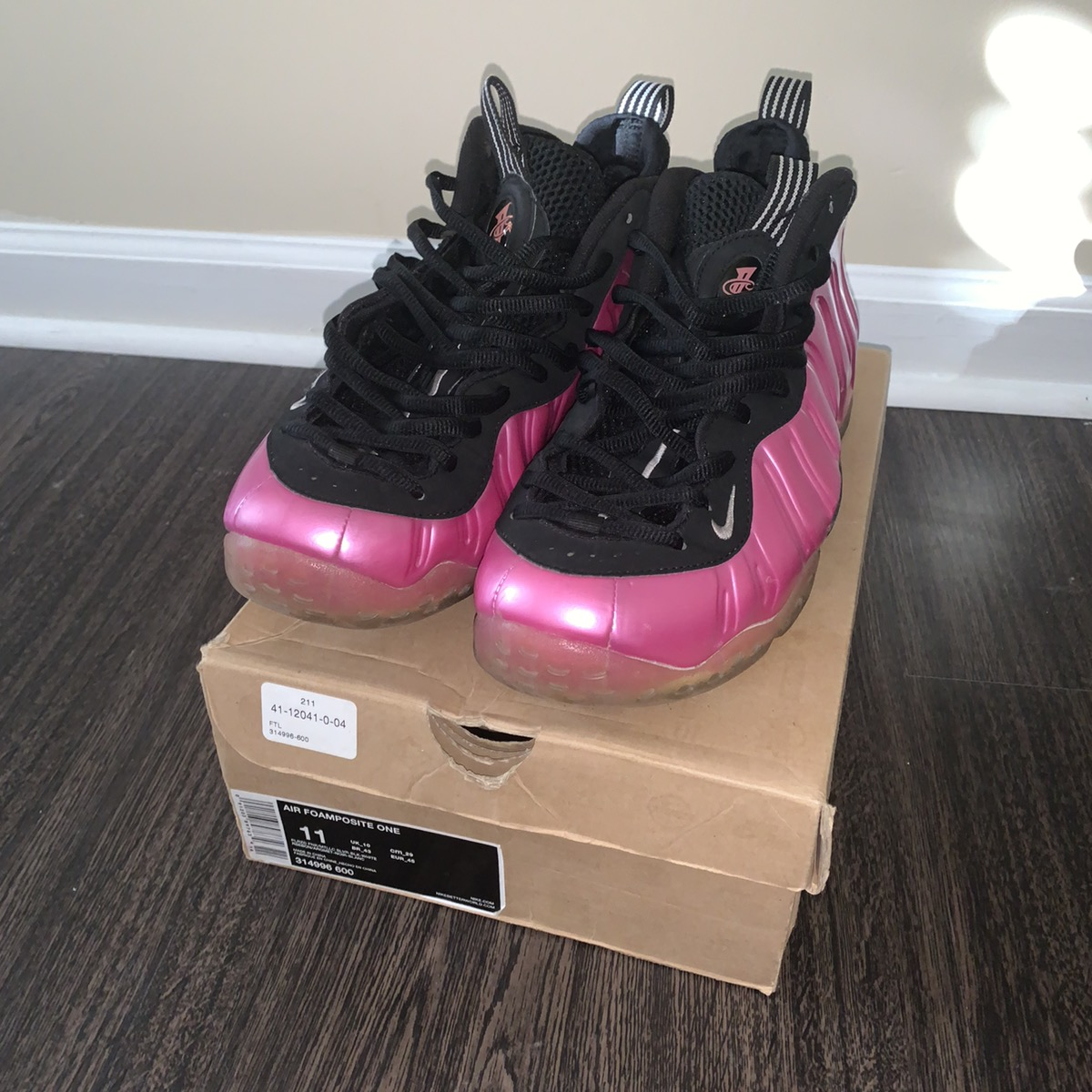 The women s Nike Air Foamposite One Shine Dark Stucco is ...
