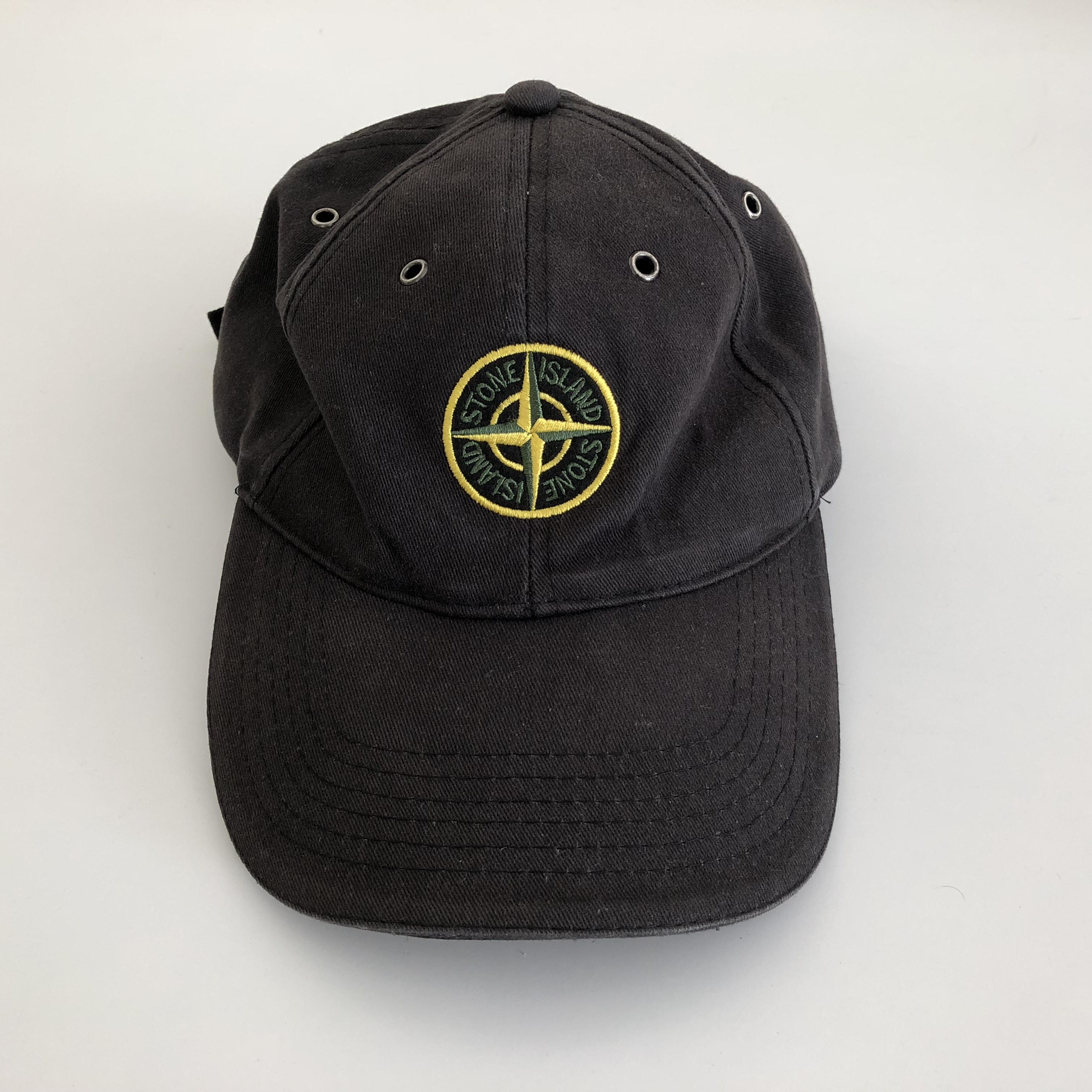 Get 90S Dad Hats Background