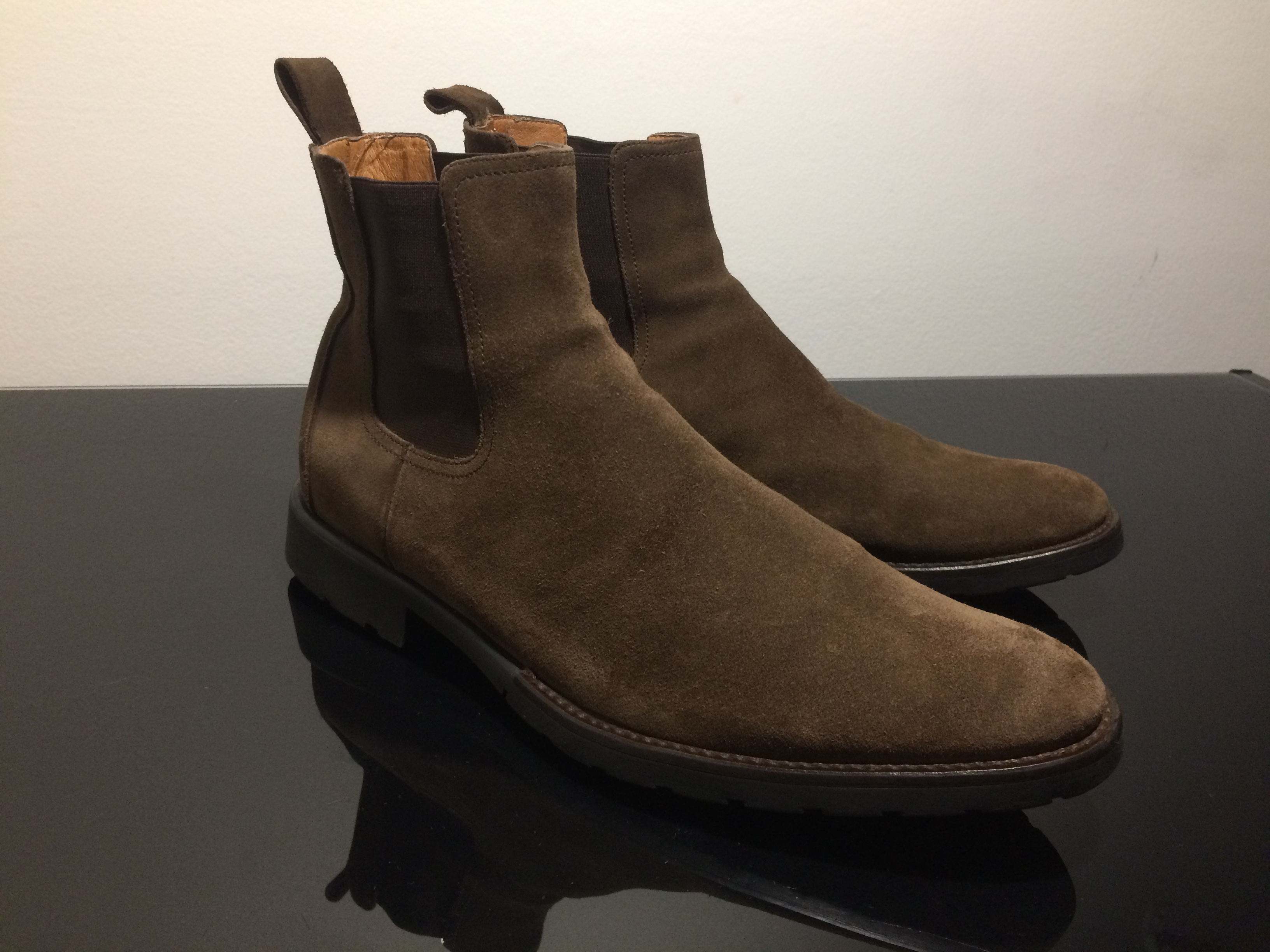 638f7cecefbc Barneys New York Tan Suede Chelsea Boots (fits Us 10 & 10.5) - Made ...