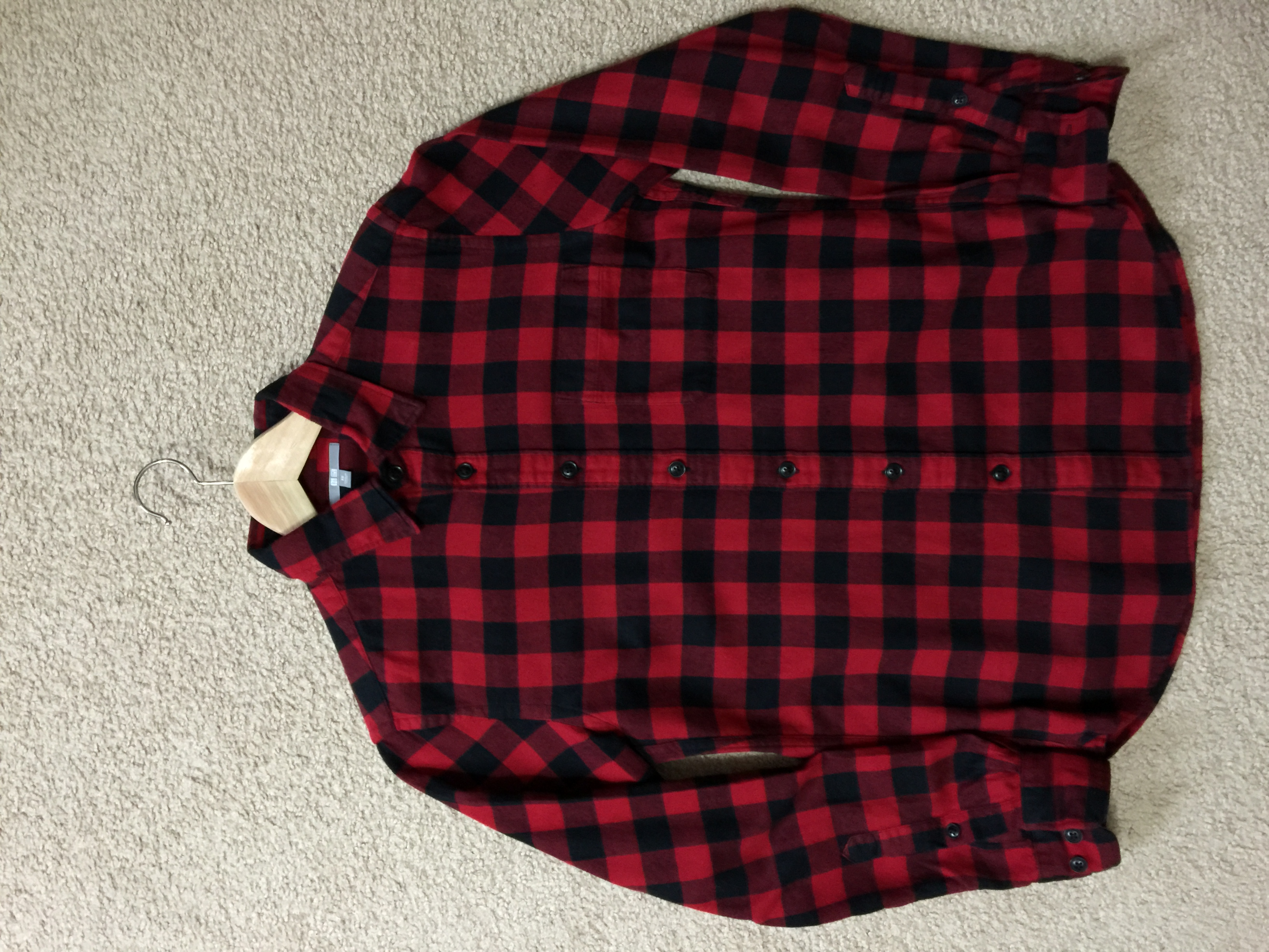 92d83cd078ad Uniqlo Red Black Buffalo Check Flannel Size xs - Shirts (Button Ups ...