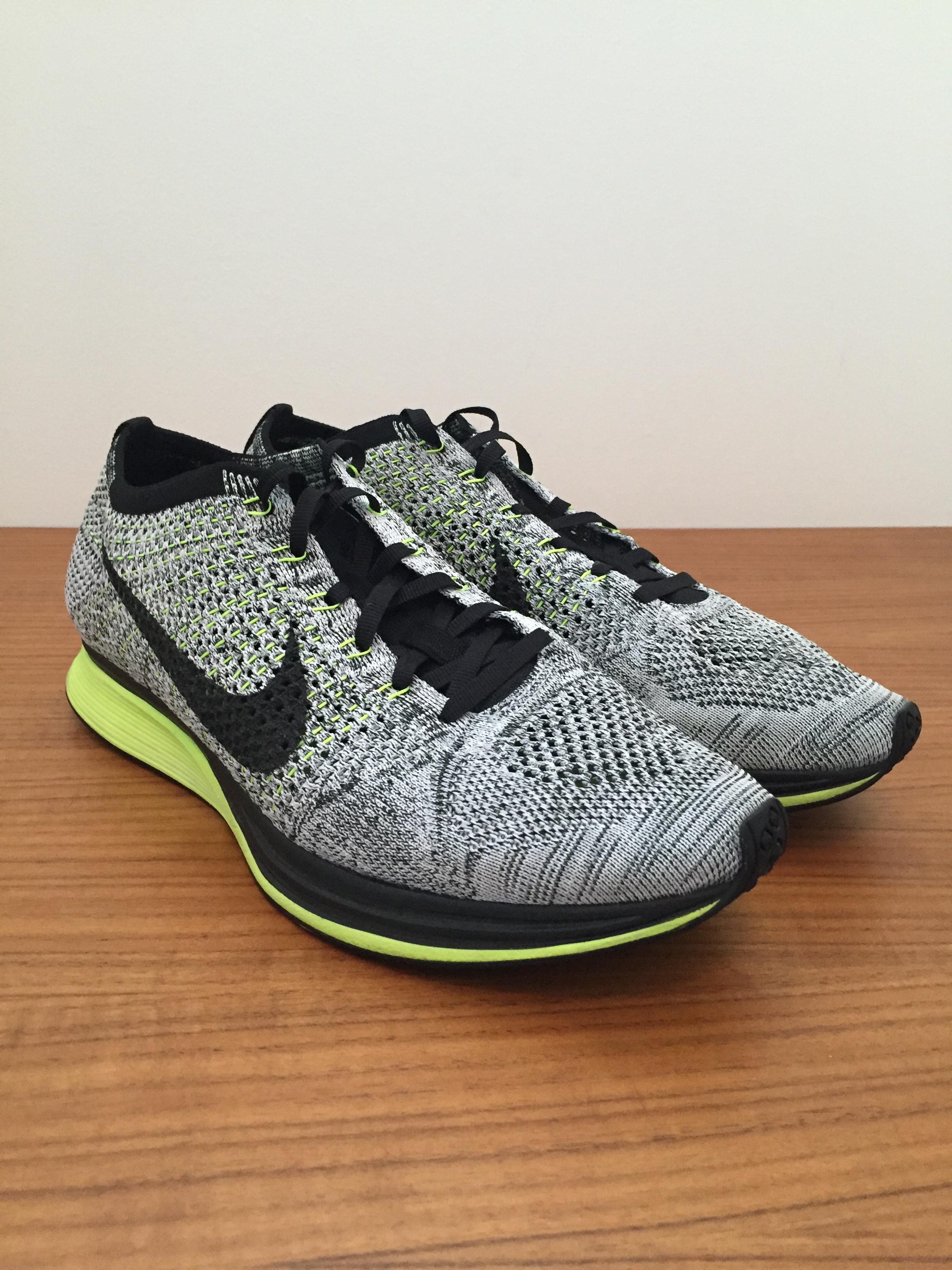 official photos e8efd 26c85 Nike ×. Flyknit Racer Oreo Volt