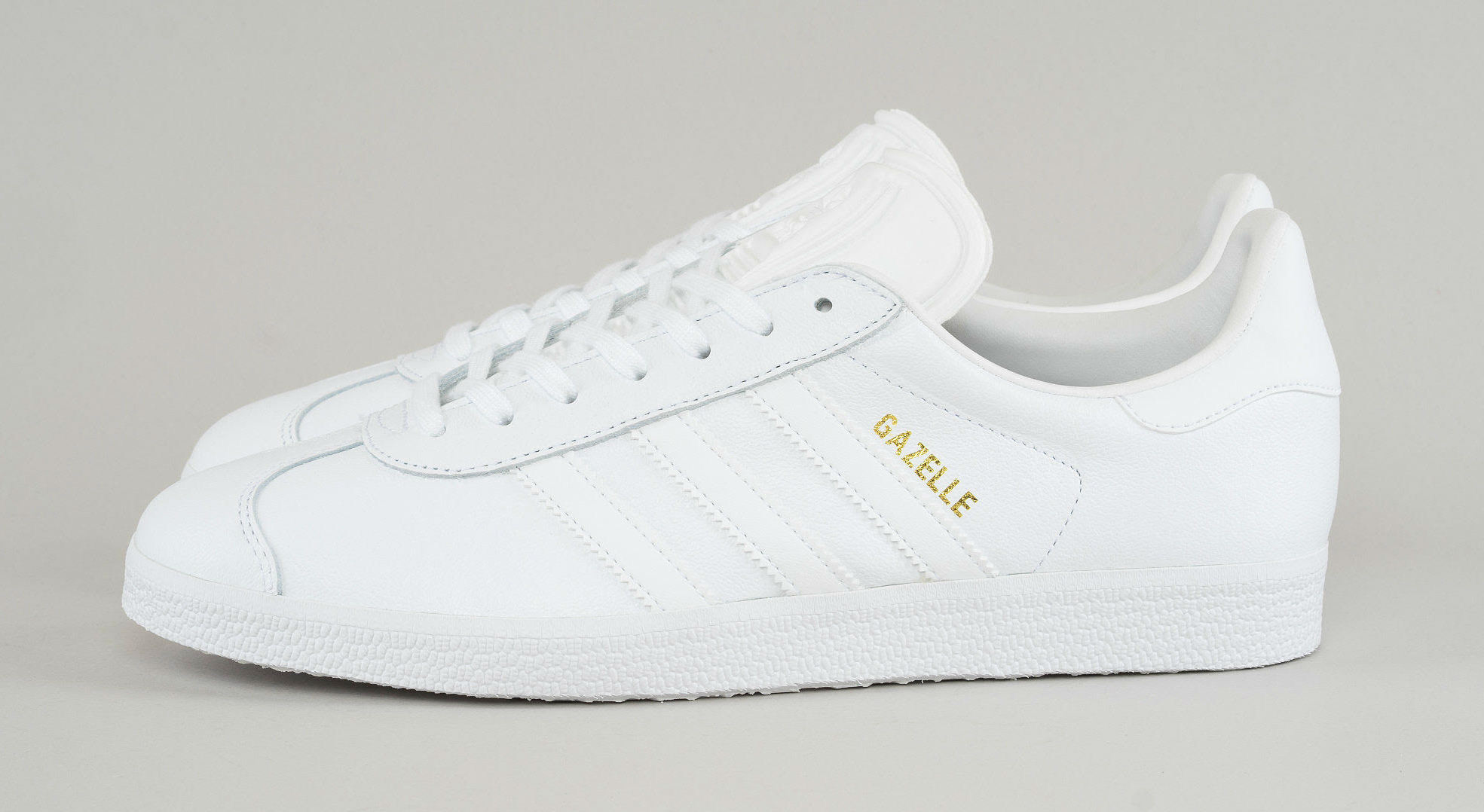 huge discount 28d6f b81de Adidas ×. Adidas Gazelle - All White Leather