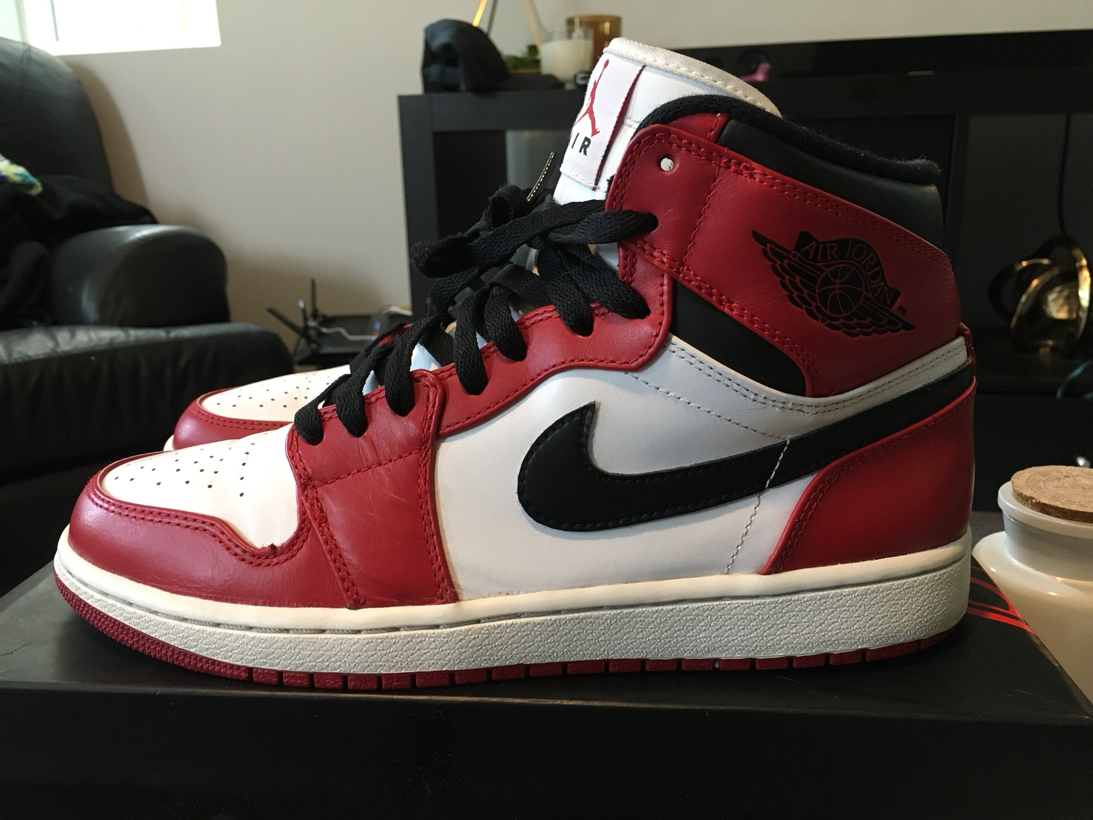separation shoes 38fdb ea09c Air Jordan 1 Chicago 2013