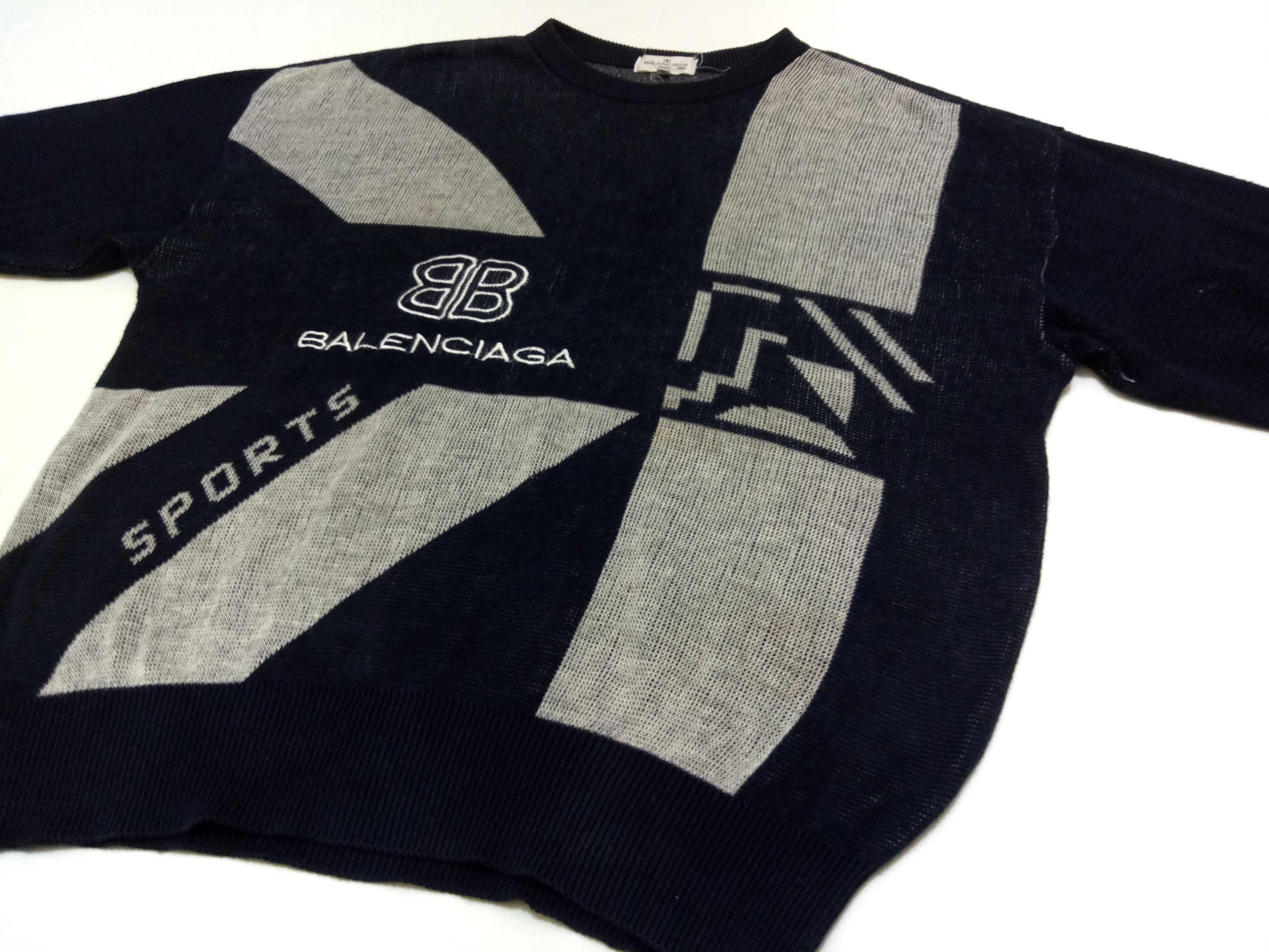 b9cf226d28f9d7 Balenciaga Vintage Balenciaga BB Sports Big Logo Spell Out Sweater Japanese  Licensed Size m - Sweaters   Knitwear for Sale - Grailed
