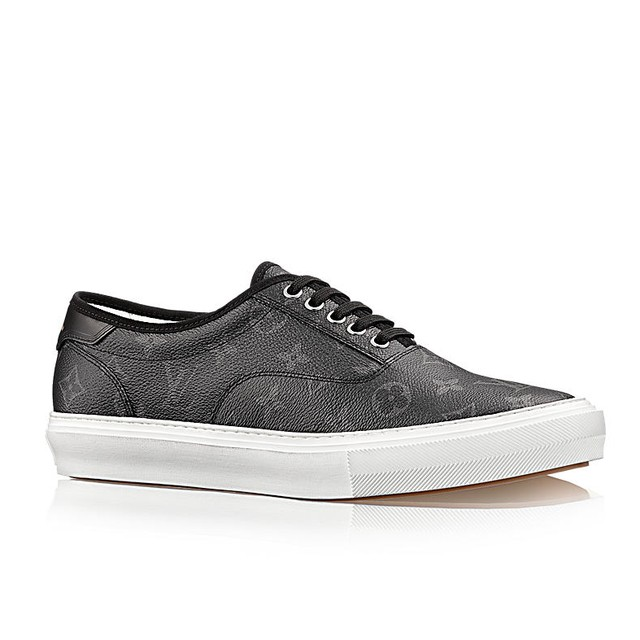 Louis Vuitton Trocadero sneakers, Black, LV 10 US 11 Size 11 - Low-Top  Sneakers for Sale - Grailed 50cc77eb602