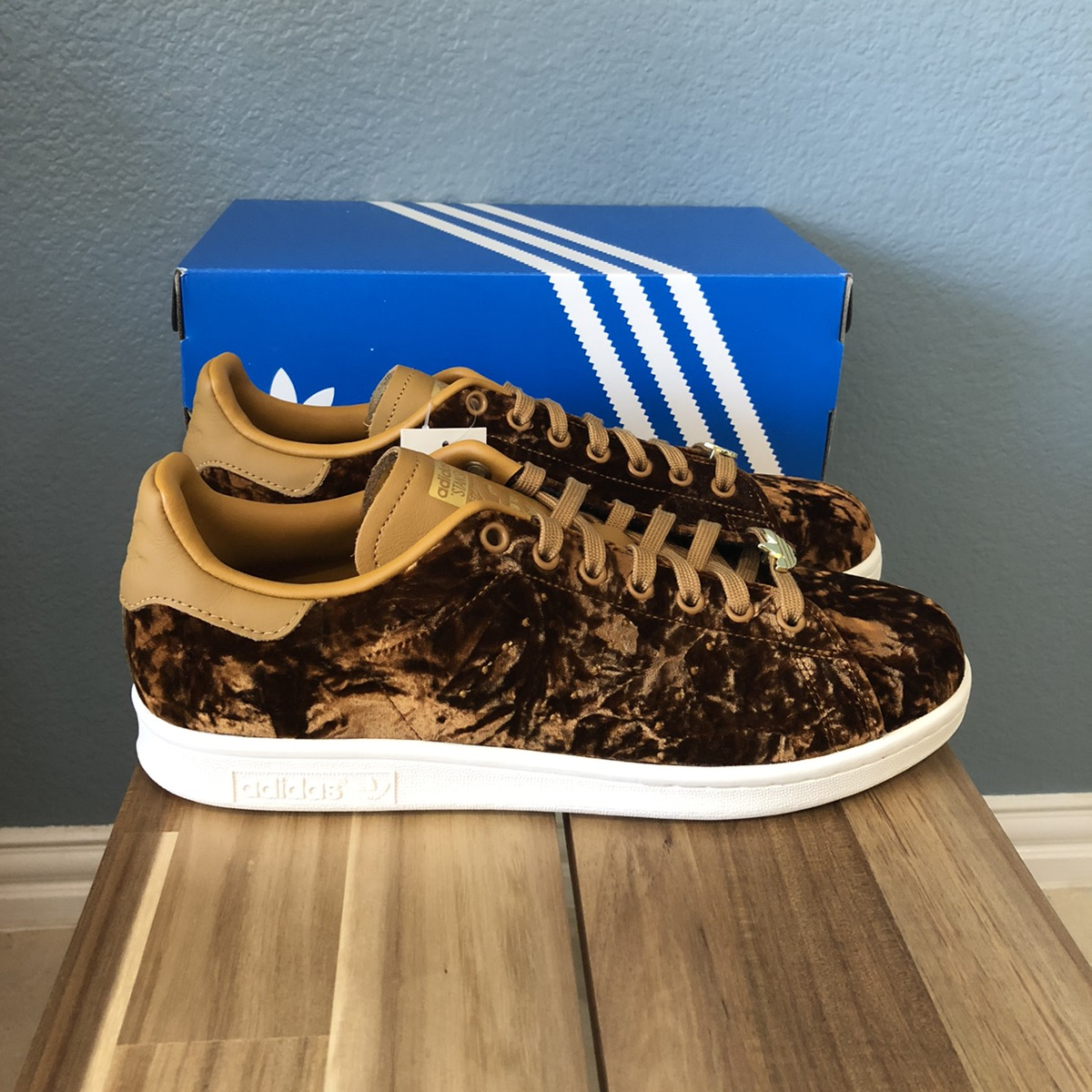 Adidas Stan Smith Velvet Pack Mesa - Men Size 9
