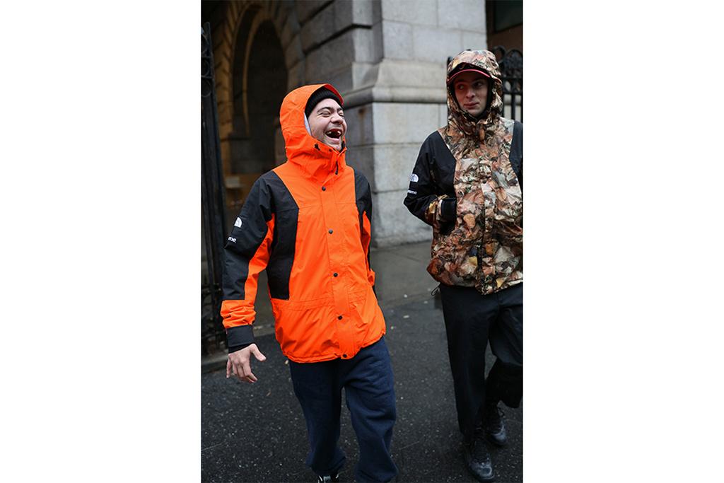 Supreme Orange Shell Jacket 2016 Size xl - Light Jackets for Sale - Grailed ef0d95ff7