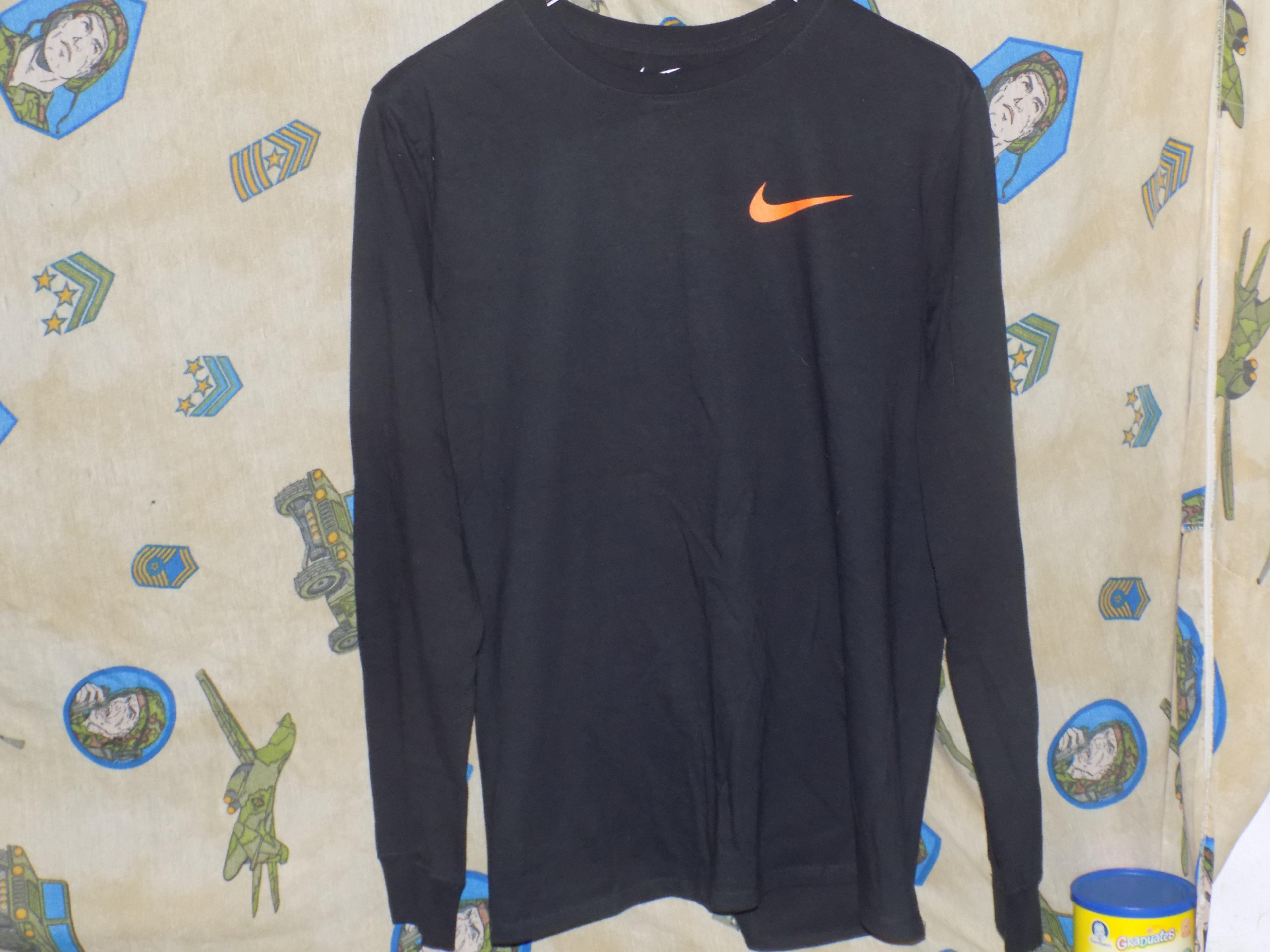 0ffd7a3e Vlone ×. Vlone x Nike Shirt. Size: US L / EU 52-54 ...