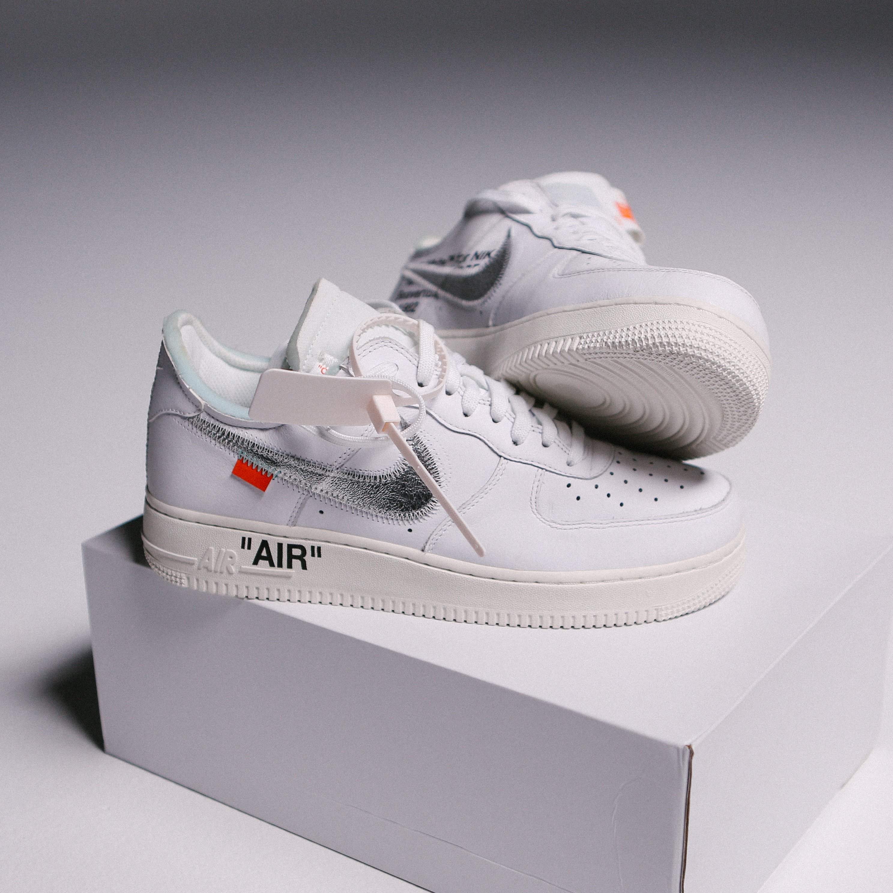 uk availability 823fb a556a Nike × Off-White ×. Off-White Nike Air Force One Collab ComplexCon