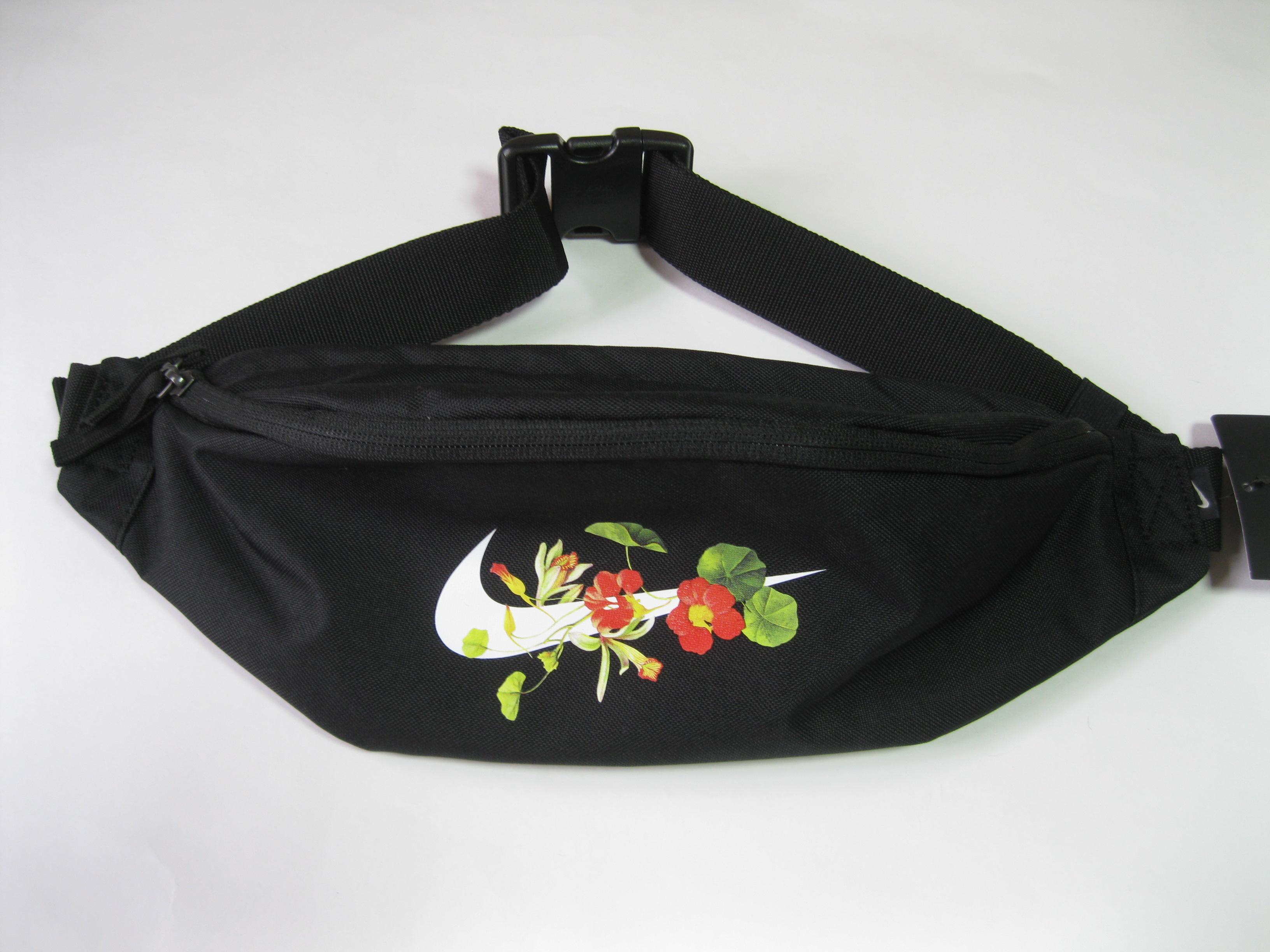 quality design 8f3d1 b928a Nike ×. Heritage Hip Pack Waist Bag Floral Swoosh BA6002